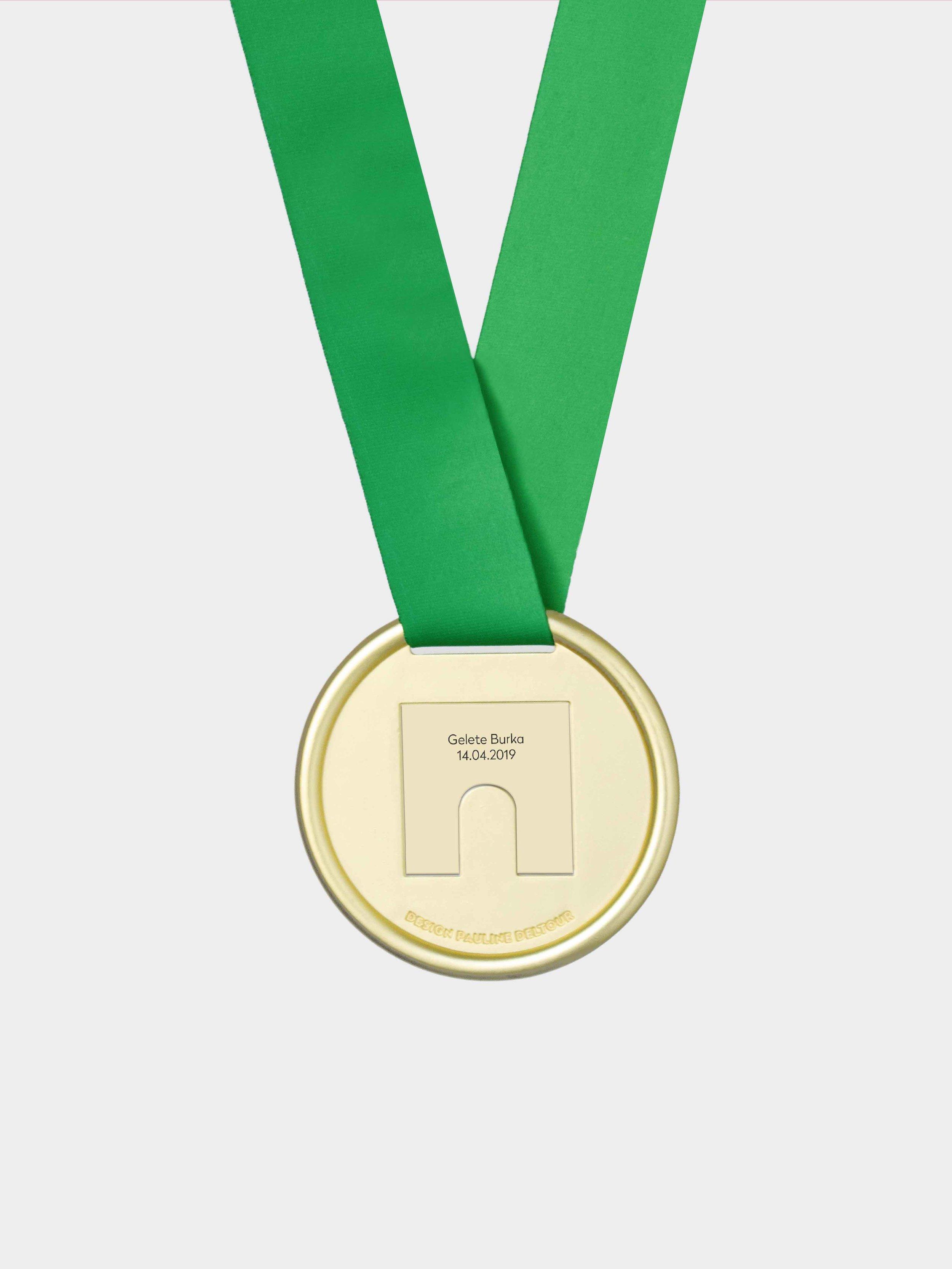 Marathondeparis-lamedaille-Pauline Deltour-01.jpg
