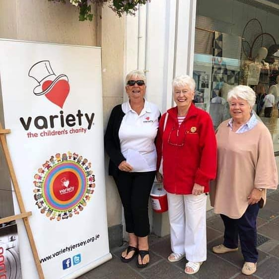 Last minute draw ticket sales outside M & S last Friday. Draw takes place this coming Friday the 27th September, look out for the results. To purchase any last minute tickets, please call the Variety Office on 856937 or email admin@varietyjersey.org.je.
