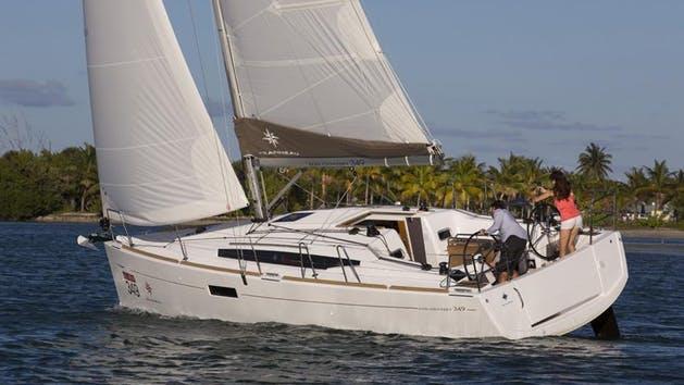 Jeanneau 349 - from $595