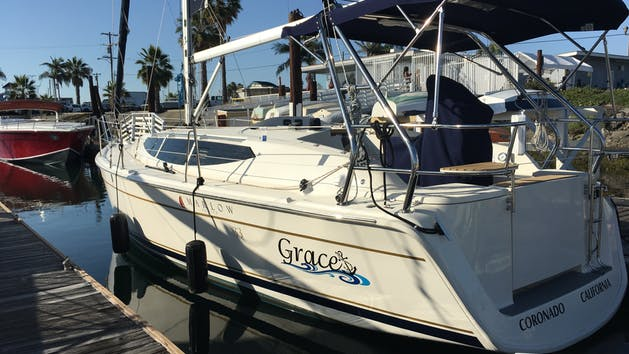 Hunter 33' - From $520
