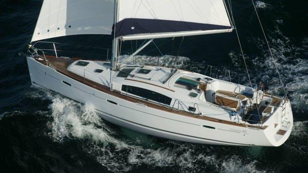 Beneteau 40' - from $700