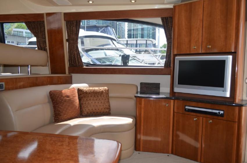 Screenshot_2019-06-25 2007 Meridian 411 Sedan Power Boat For Sale - www yachtworld com43.png