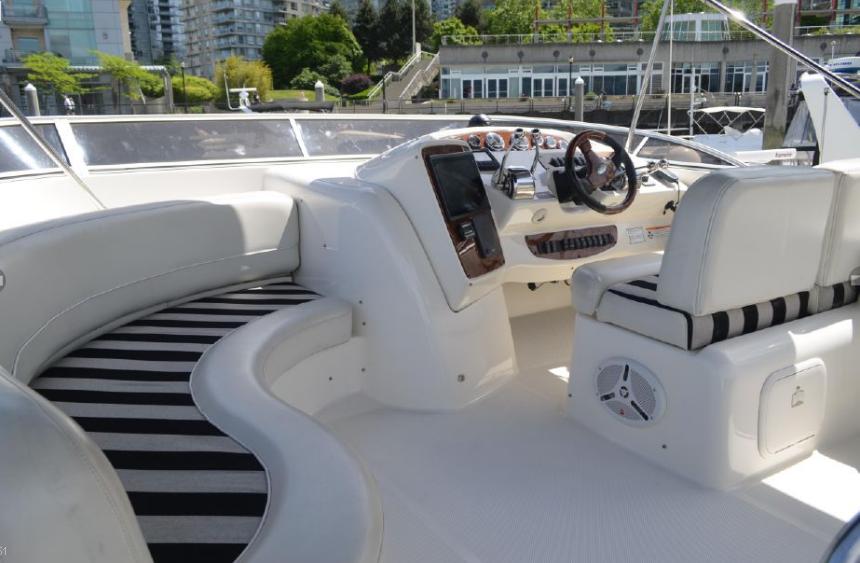 Screenshot_2019-06-25 2007 Meridian 411 Sedan Power Boat.png