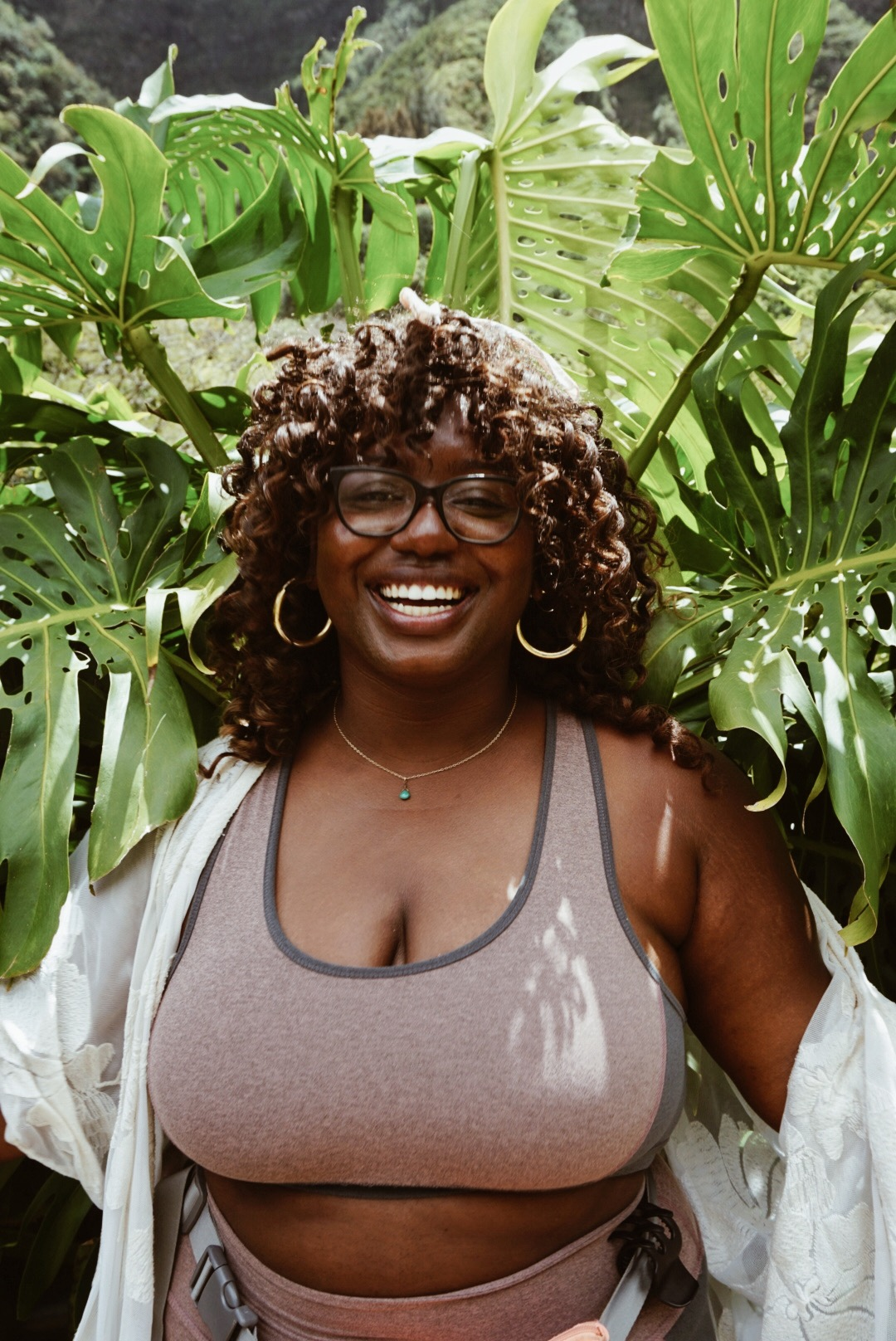 lifestyle blogger happy woman