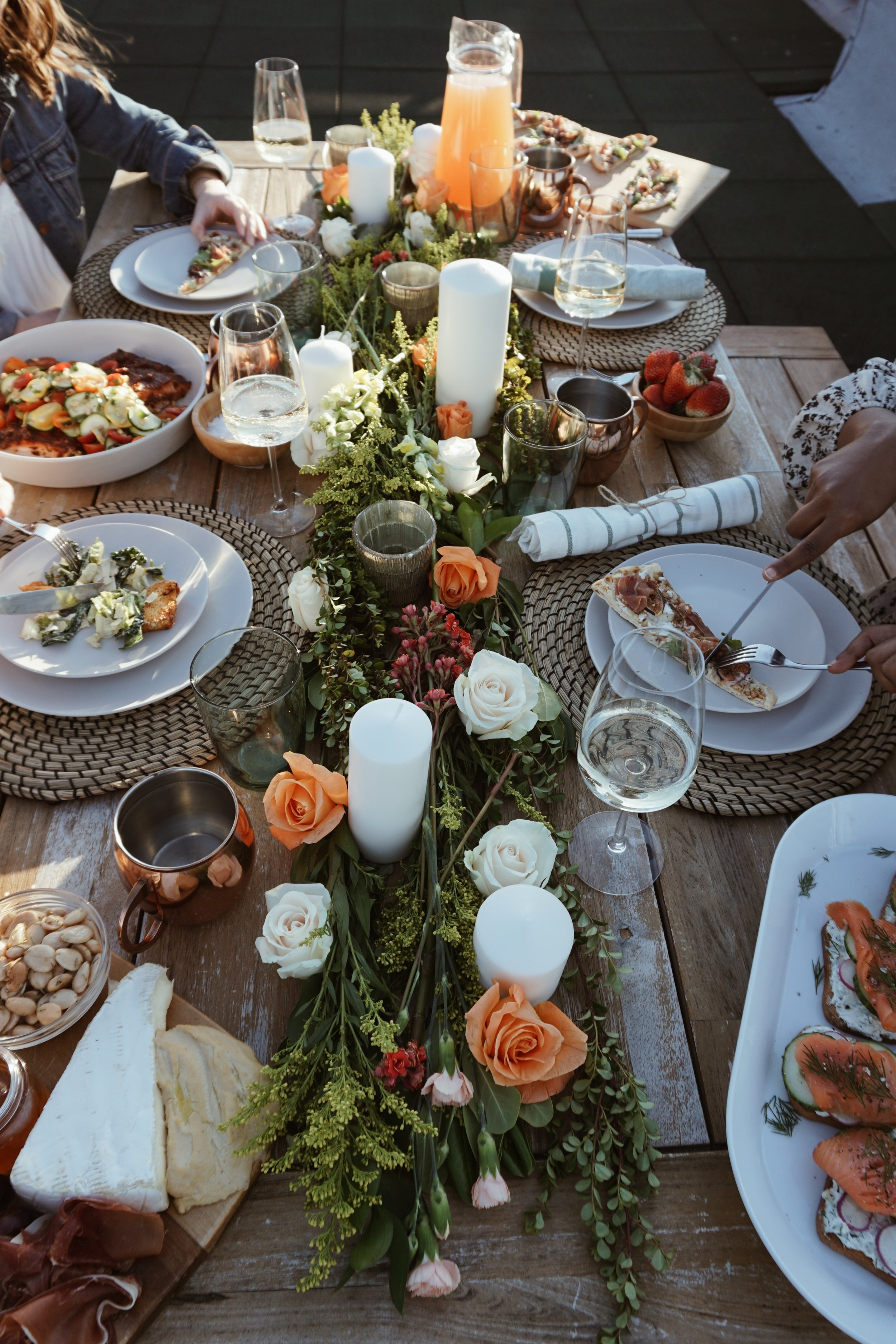 How to host a summer dinner party, outdoor summer party, dinner party tips, boho dinner party, ikea table setting, interior design blogger, how to host an event, beautiful tablescape, black blogger, How to style a table, IKEA DISHES, SUmmer party, summer gathering