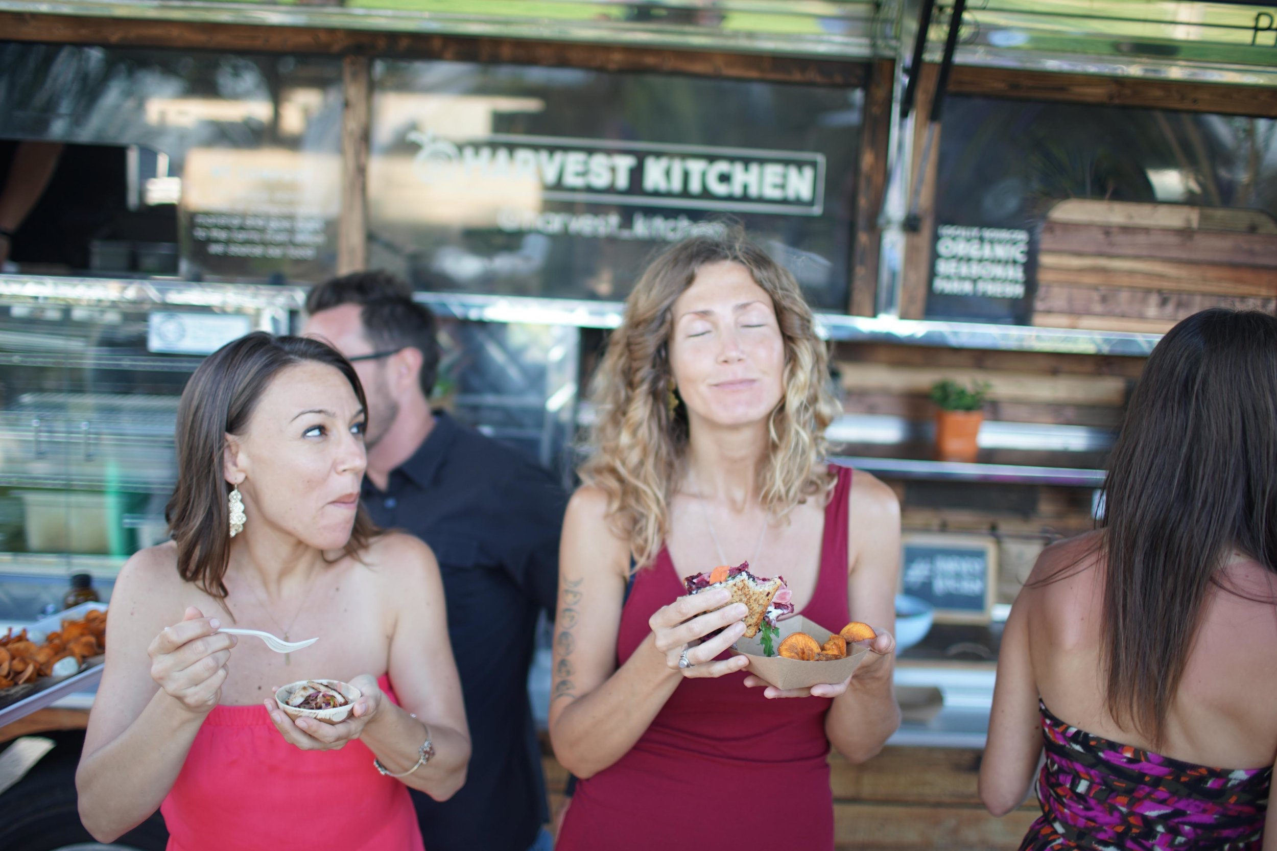 San Diego Organic Food Truck Services for catering, parties, wedding and events.