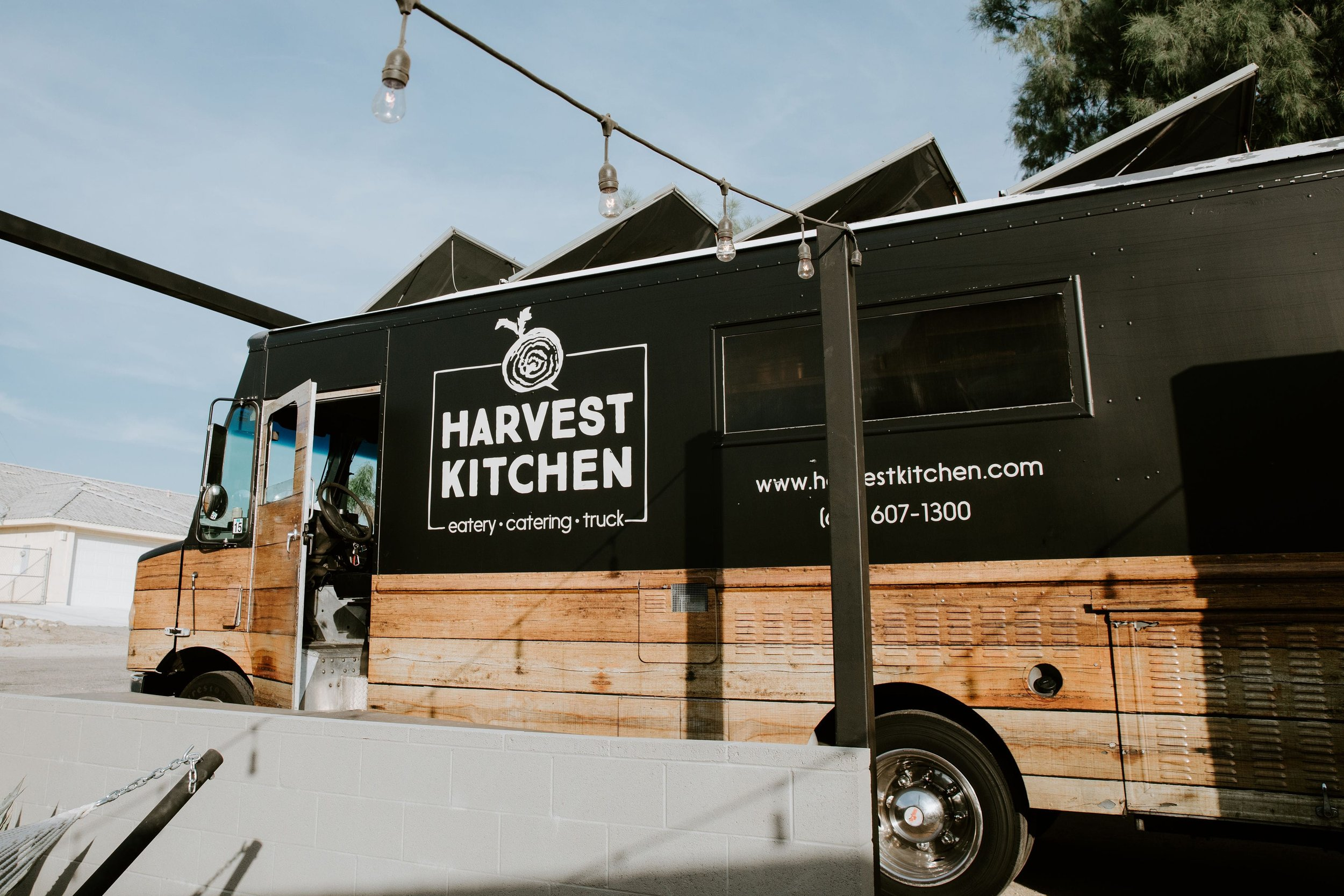organic food truck for parties and weddings