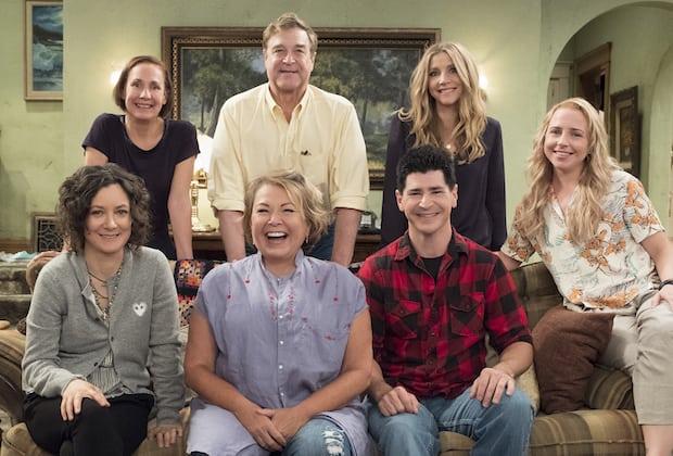 Roseanne_Season_10_Cast.jpg