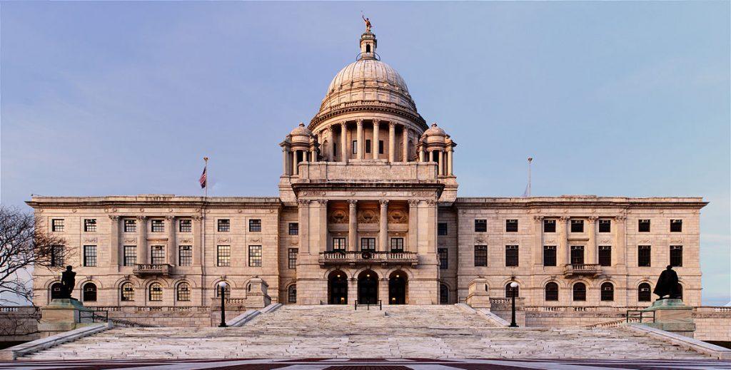 Rhode_Island_State_House_2.jpg