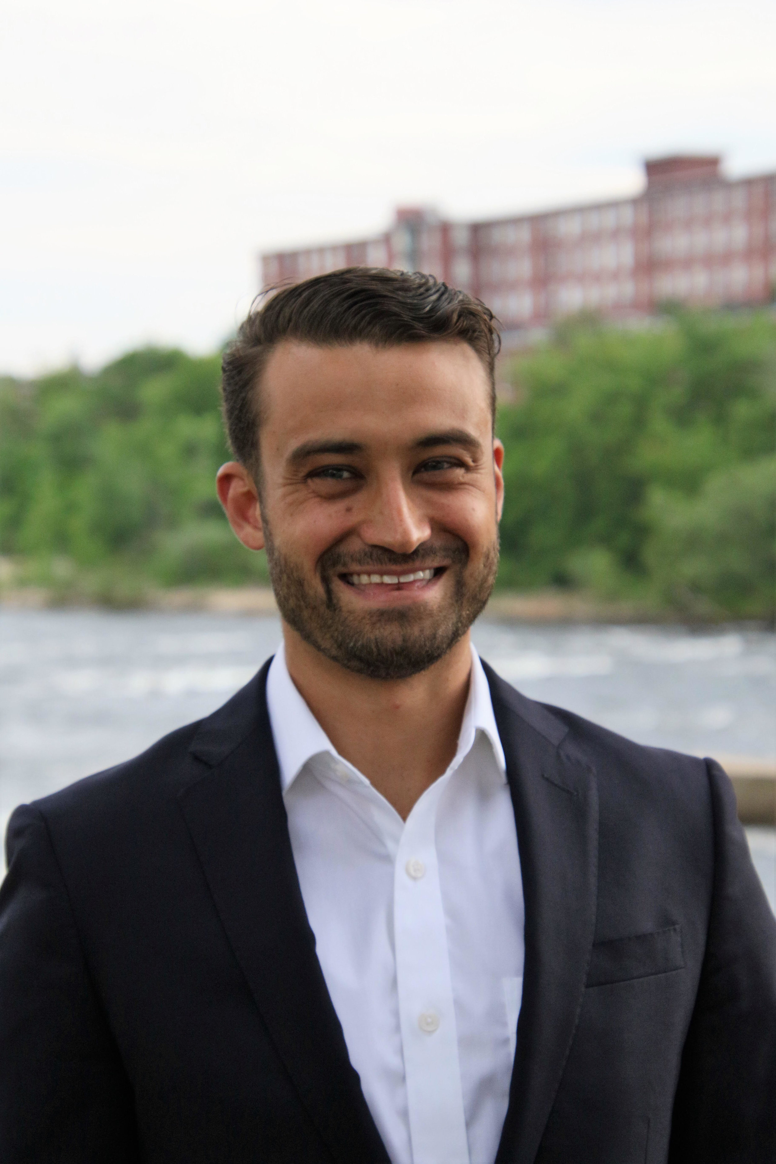 Dante Vitagliano is a New England based political consultant and campaign strategist. He is a co-founder of Pinnacle Campaign Strategies.    Email: dante@pinncalecampaigns.com