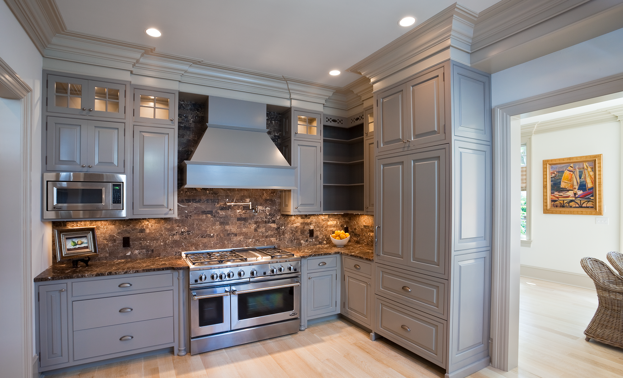 Granite Kitchen Design With an Oven