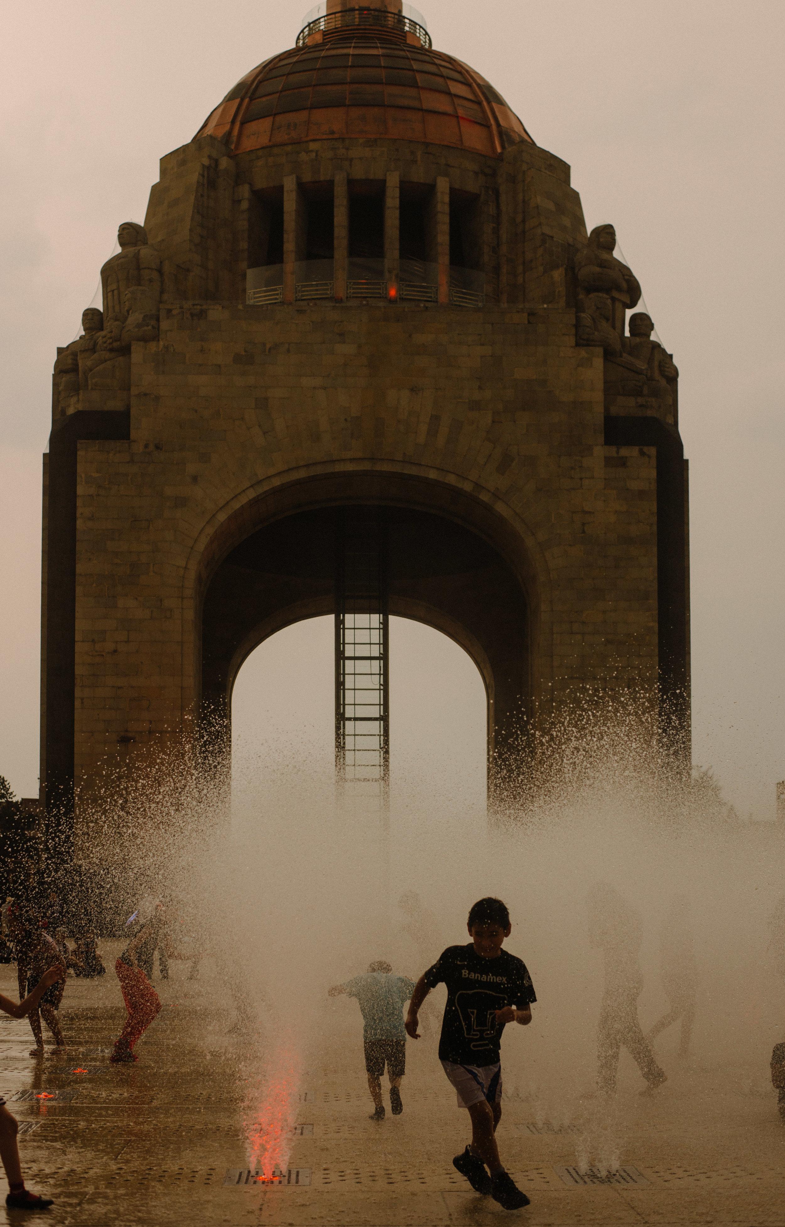 Monumento a la Revolución | Arquitectura por Émelie Bérnard y Carlos Obregón Santacilia