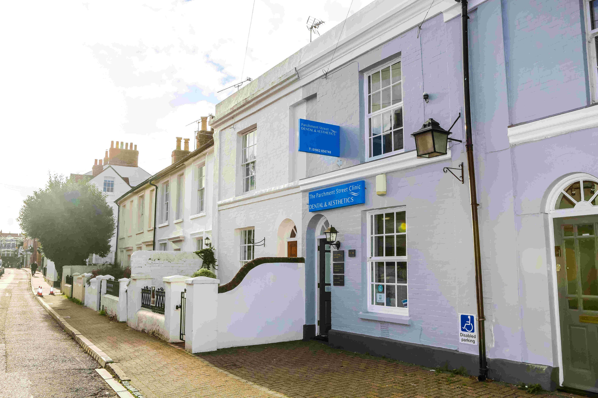 Winchester, Hampshire - If you are looking for a dentist who will look after you, the health of your teeth and gums and the appearance of your smile, Parchment Street Dental will be a welcome discovery.Our newly-opened Skin Aesthetics Clinic is welcoming new clients and for more information about all the available non-surgical cosmetic treatments.Parchment Street Dental23 Parchment Street, Winchester SO23 8AZ01962 856748www.parchmentstreet.co.ukThe Parchment Street Clinic22 Parchment Street, Winchester SO23 8AZ01962 863118www.theparchmentstreetclinic.co.ukGentle Dental and Aesthetics6B Parchment Street, Winchester SO23 8AT01962 863118www.gentledentalwinchester.co.uk