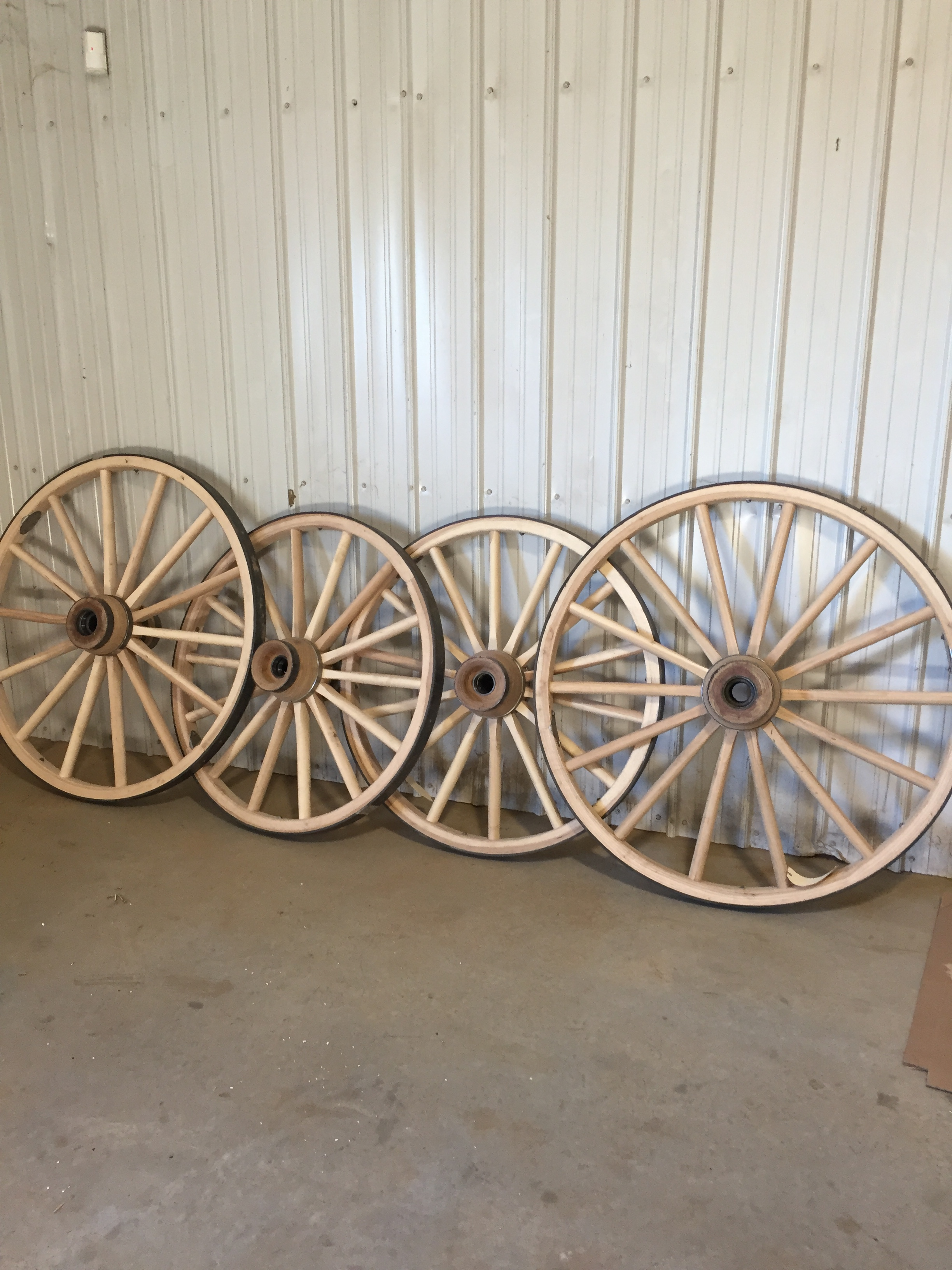 Beautiful handmade wheels, ready for the dusty trail.