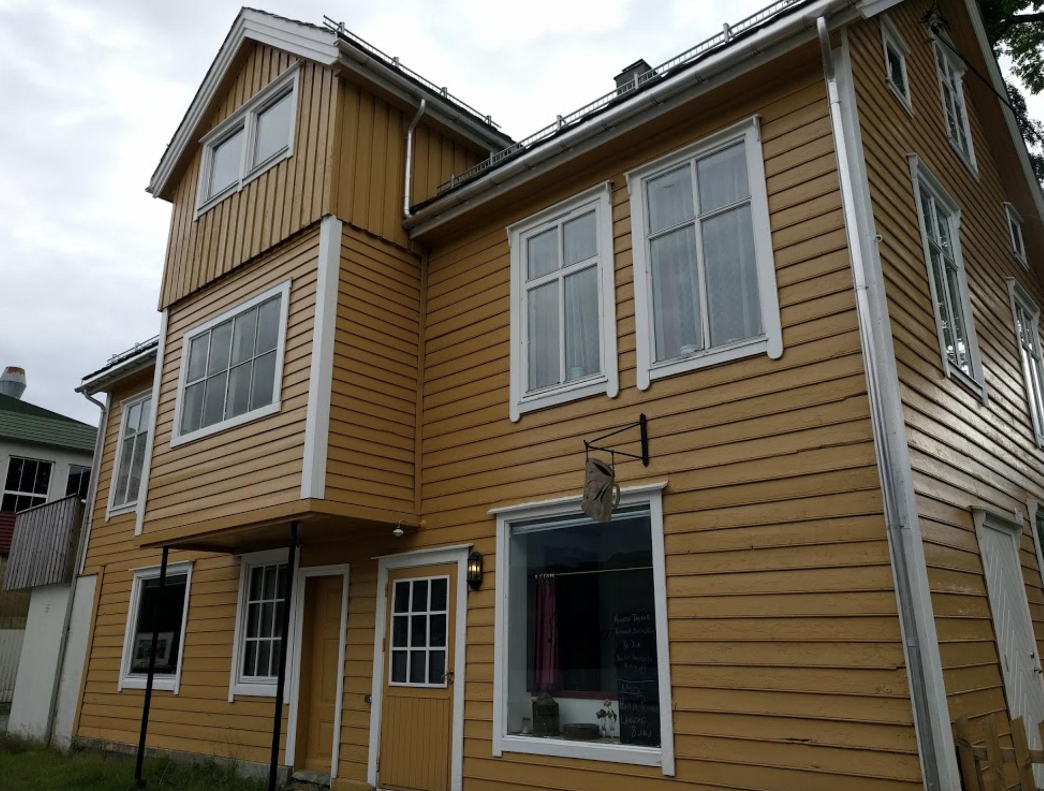 Litt om Holkenhagen - …og Holken
