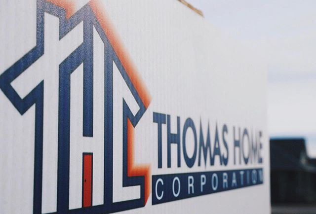 Happy Friday and happy house hunting! #mythomashome 🏠 thomashomescorp.com . . . . #thomashomes #homebuilder #construction #realestate #architecture #contractors #property #home #developers #buildersofinstagram #house #dreamhome #homedesign #contractorsofinsta #customhomes #newhome #firsthome #househunting #luxuryhomes #pensacolahomebuilder #pensacolarealestate #flhomebuilder #thomashomecorp #localbusiness #pensacolabusiness