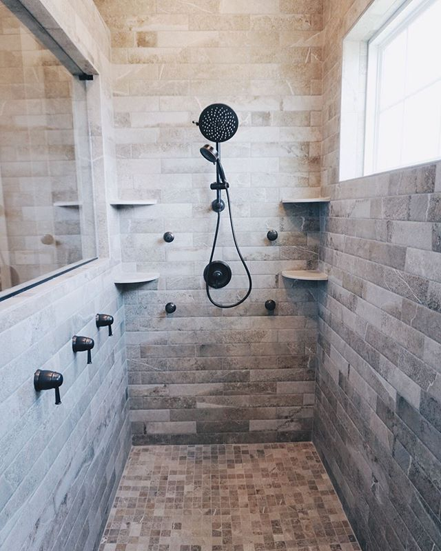 Bathroom must-haves 🚿 #mythomashome #happyhousehunting . . . . #thomashomes #homebuilder #construction #realestate #architecture #contractors #property #home #developers #buildersofinstagram #house #dreamhome #homedesign #contractorsofinsta #customhomes #newhome #firsthome #househunting #luxuryhomes #pensacolahomebuilder #pensacolarealestate #flhomebuilder #thomashomecorp #localbusiness #pensacolabusiness