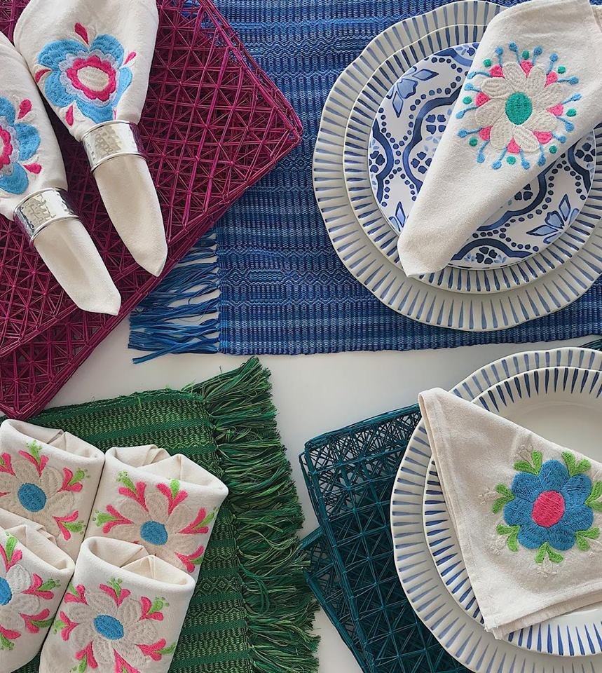 Table  Linens // Place Setting // Placemat // Napkin Set