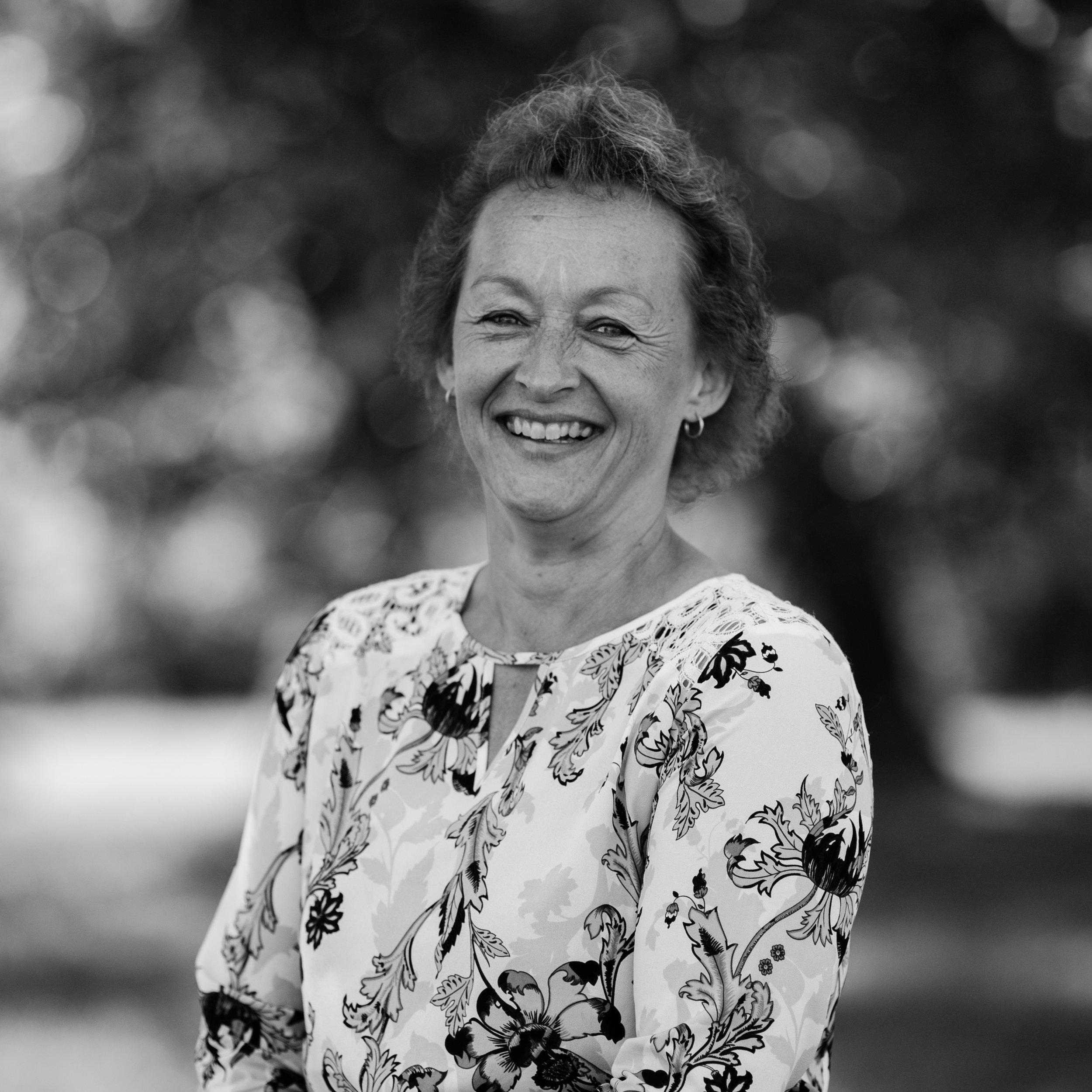 Joanne Benschop - ADMINISTRATIVE ASSISTANT