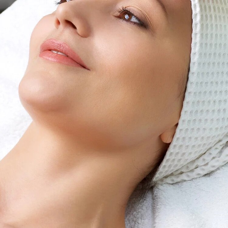 Resurfacing Facial - EXCEPTIONAL RESULTSCommonly used for treating acne, removing acne scarring, skin pigment correction and texture smoothing for all skin types, this service provides remarkable results! Clients can rest assured that with our state of the art PlasmaPen and our clean, private facilities, they will experience the highest level of comfort and leave feeling beautiful!