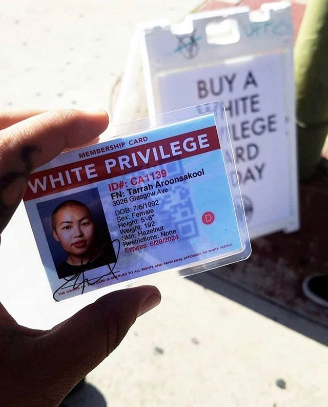We want to thank you all for participating in our most recent Buy White Privilege installation at @tularosa.art! It literally can't happen without your involvement. 📸 by @yungyokouno #sandiegoevent #buywhiteprivilege #sandiego #californiaartists #whiteprivilege #tularosa #id #protest #civilrights #privilege #artinstallation #installationart #artist #contemporaryart #contemporaryartist #artexhibition #activism