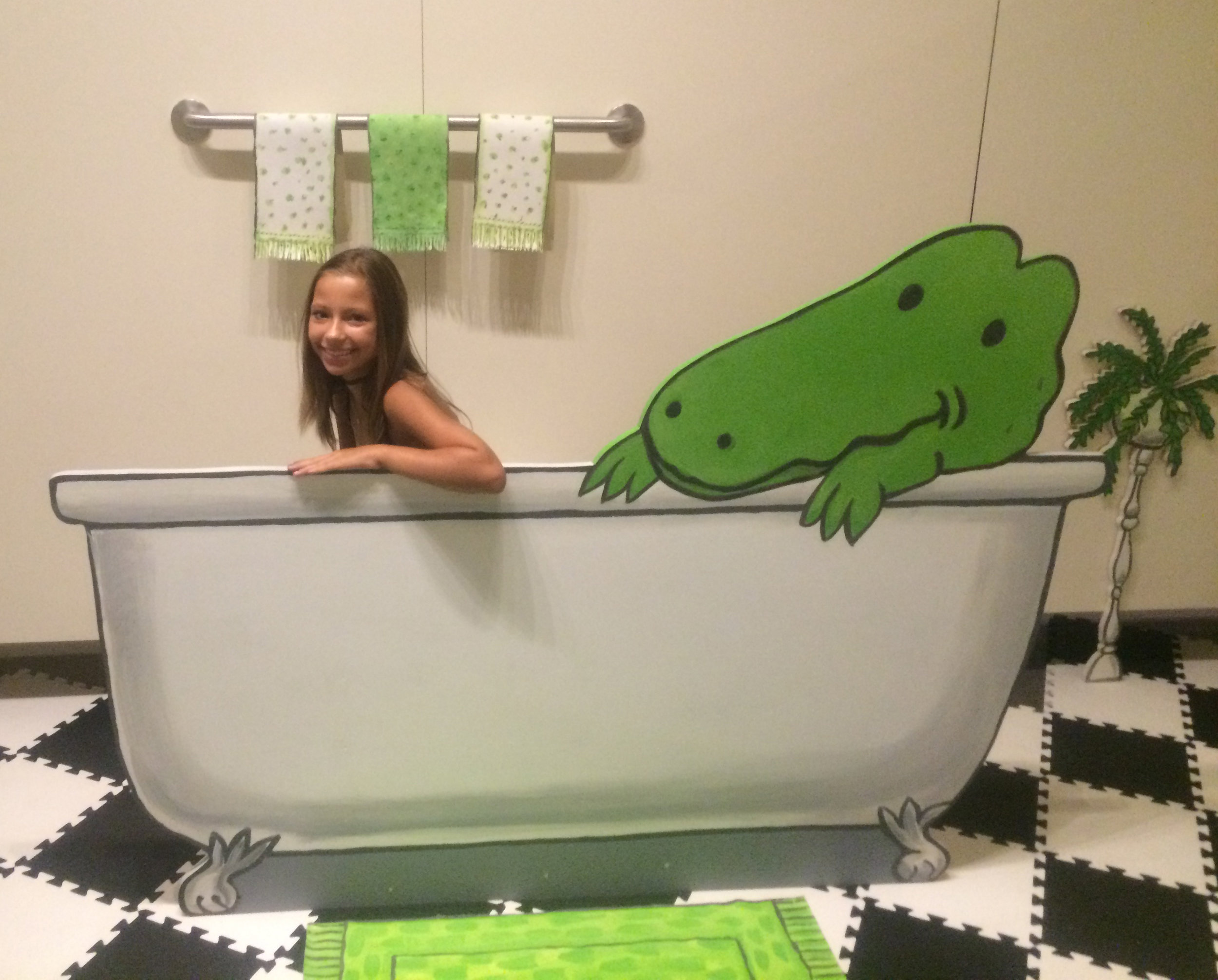 NMAJH Lyle in tub.jpg