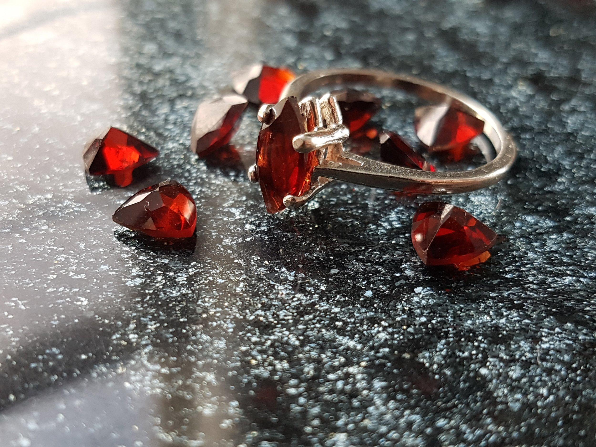 garnet silver ring engegement
