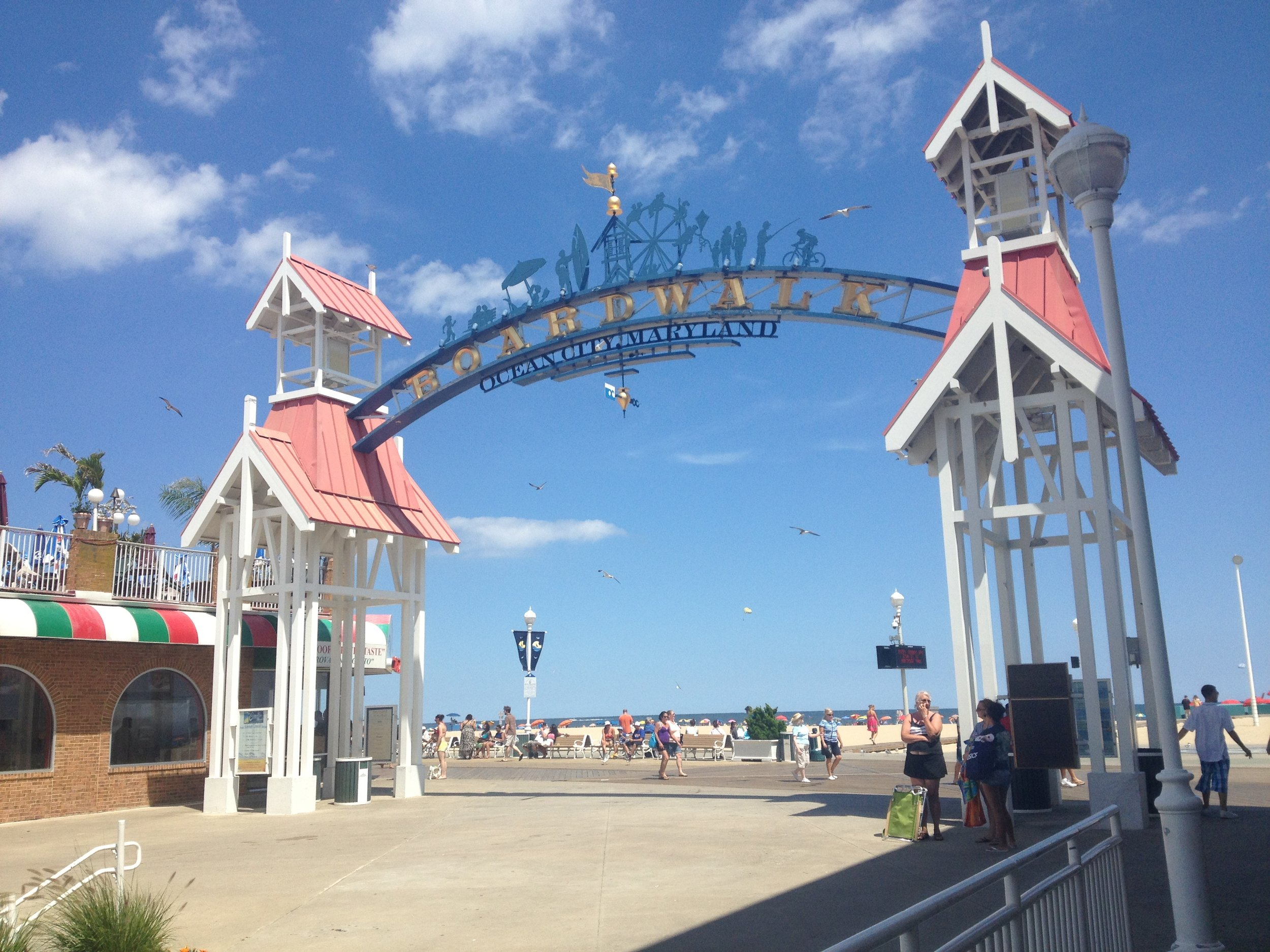 Ocean_City_MD_boardwalk_arch.jpeg