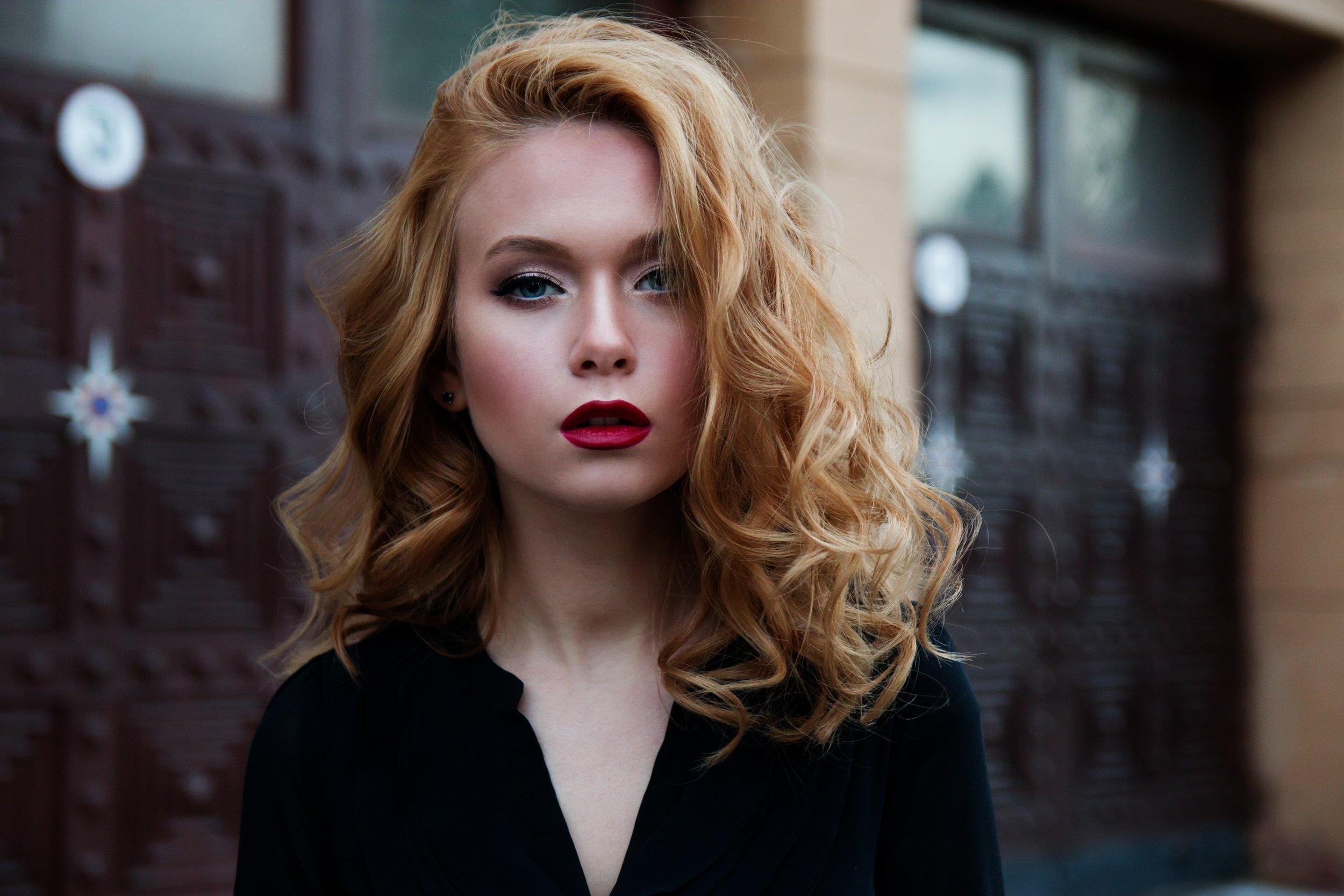 beautiful-female-glamour-247322.jpg