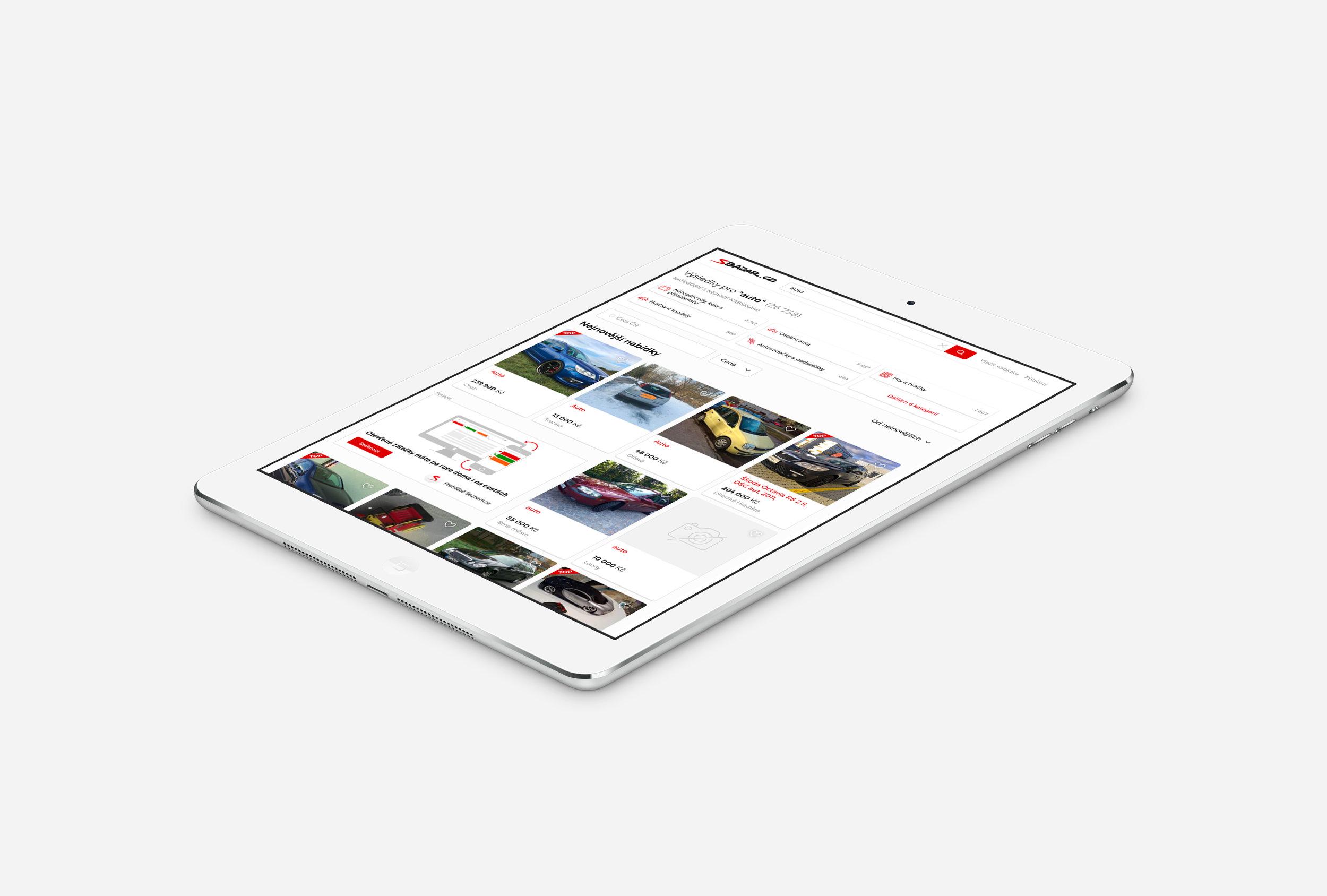 08 TABLET 02-Isometric-iPad-Air-Silver-Mock-up.jpg