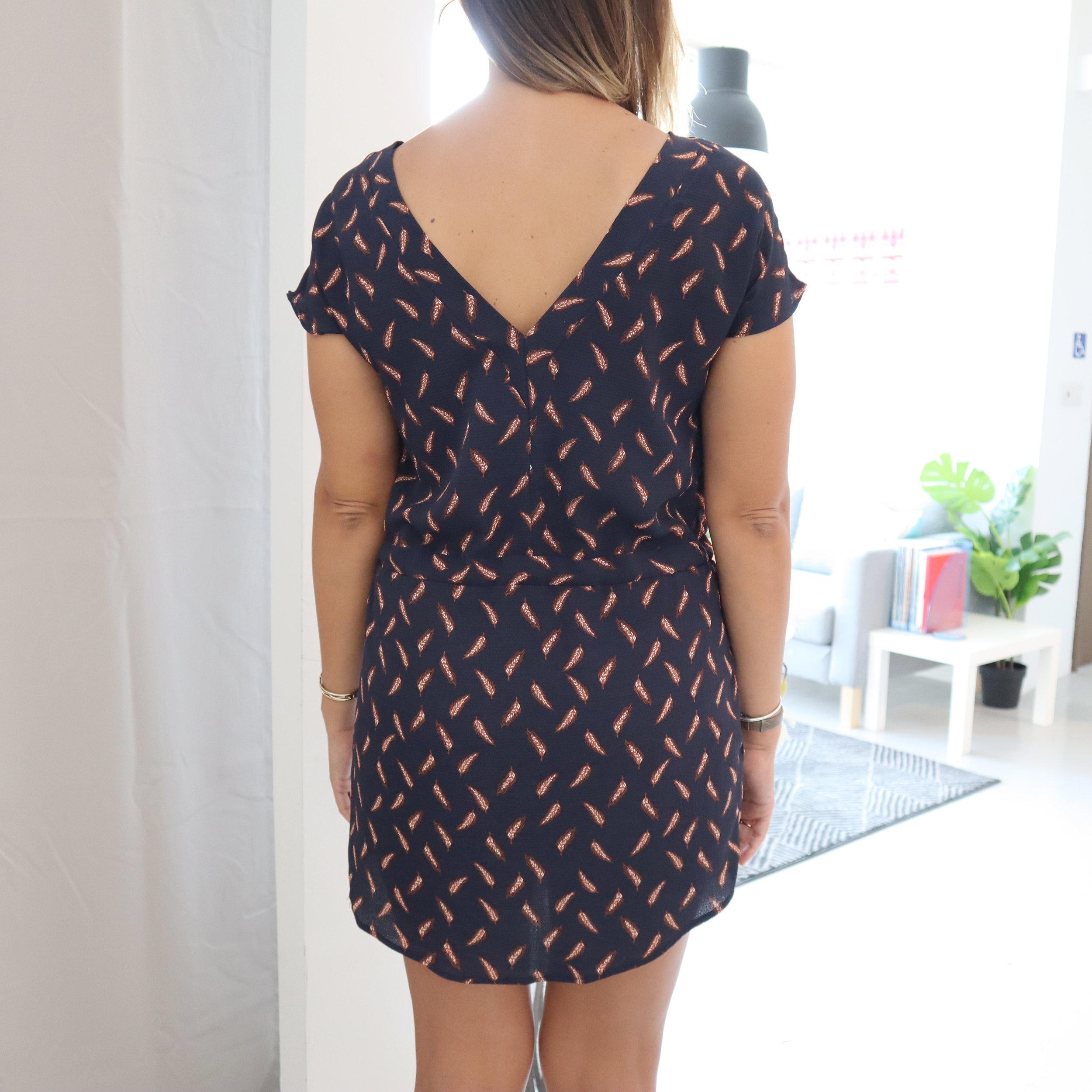 v-back_dress_back - Copy.jpg