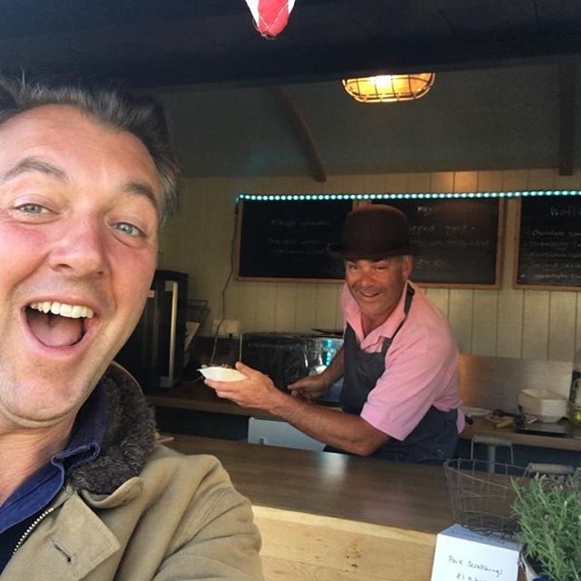After the best @chalkevalleyhistoryfestival yet, great to see @jamesholland1940 rounding off the week with supper From The Hut! #mobilecatering #shepherdshut #wiltshire #historyfestival #chalkevalleyhistoryfestival