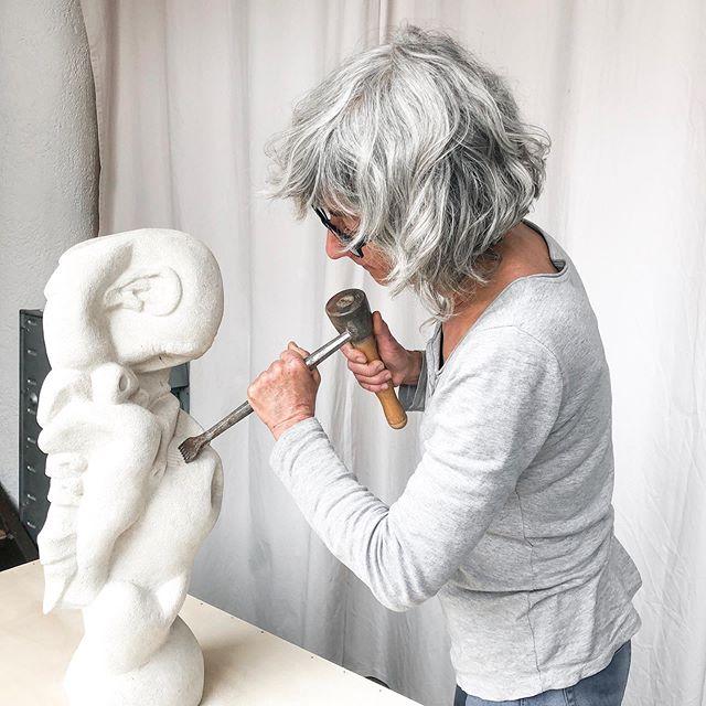Le travail de la pierre  #work #sculpture #materiaux #outils #oeuvre #stephaniepothier #inspiration #details #atelier #gallery