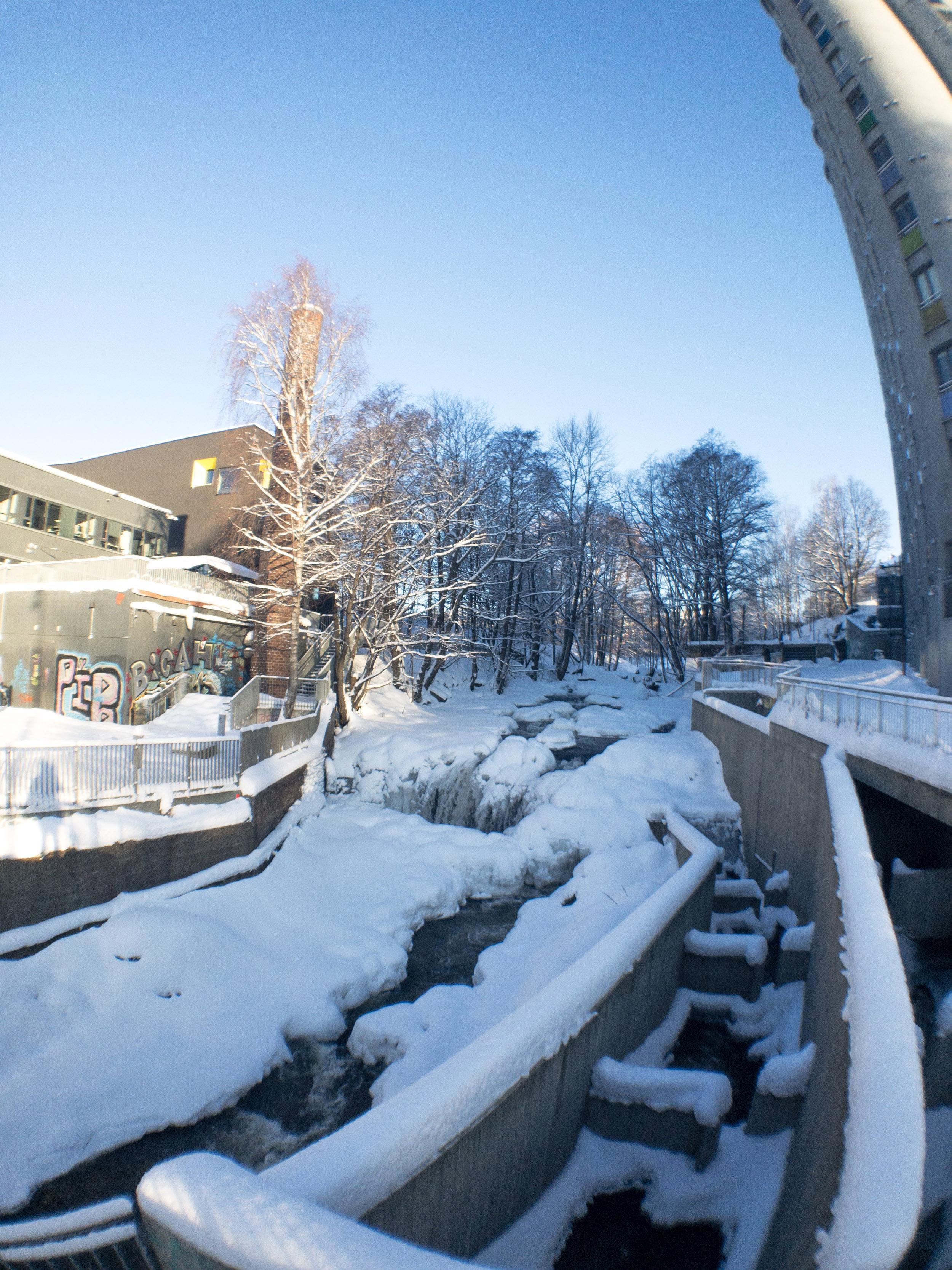 Akerselva River walk Oslo winter fisheye.JPG