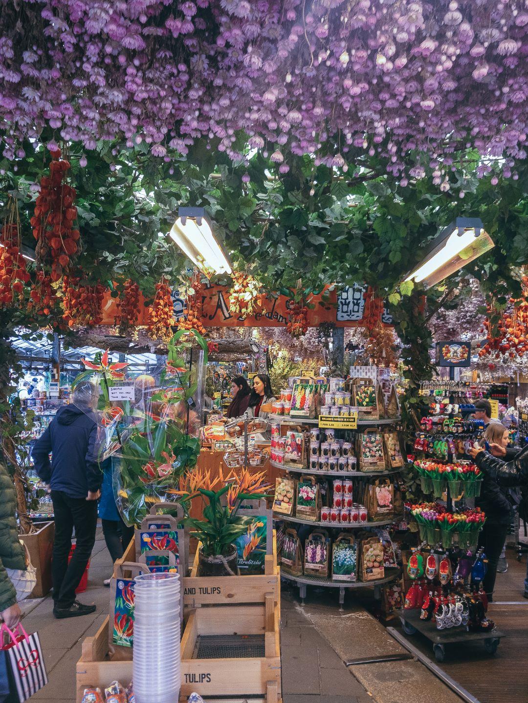 Amsterdam Bloemenarkt Floating Tulip Market.jpg