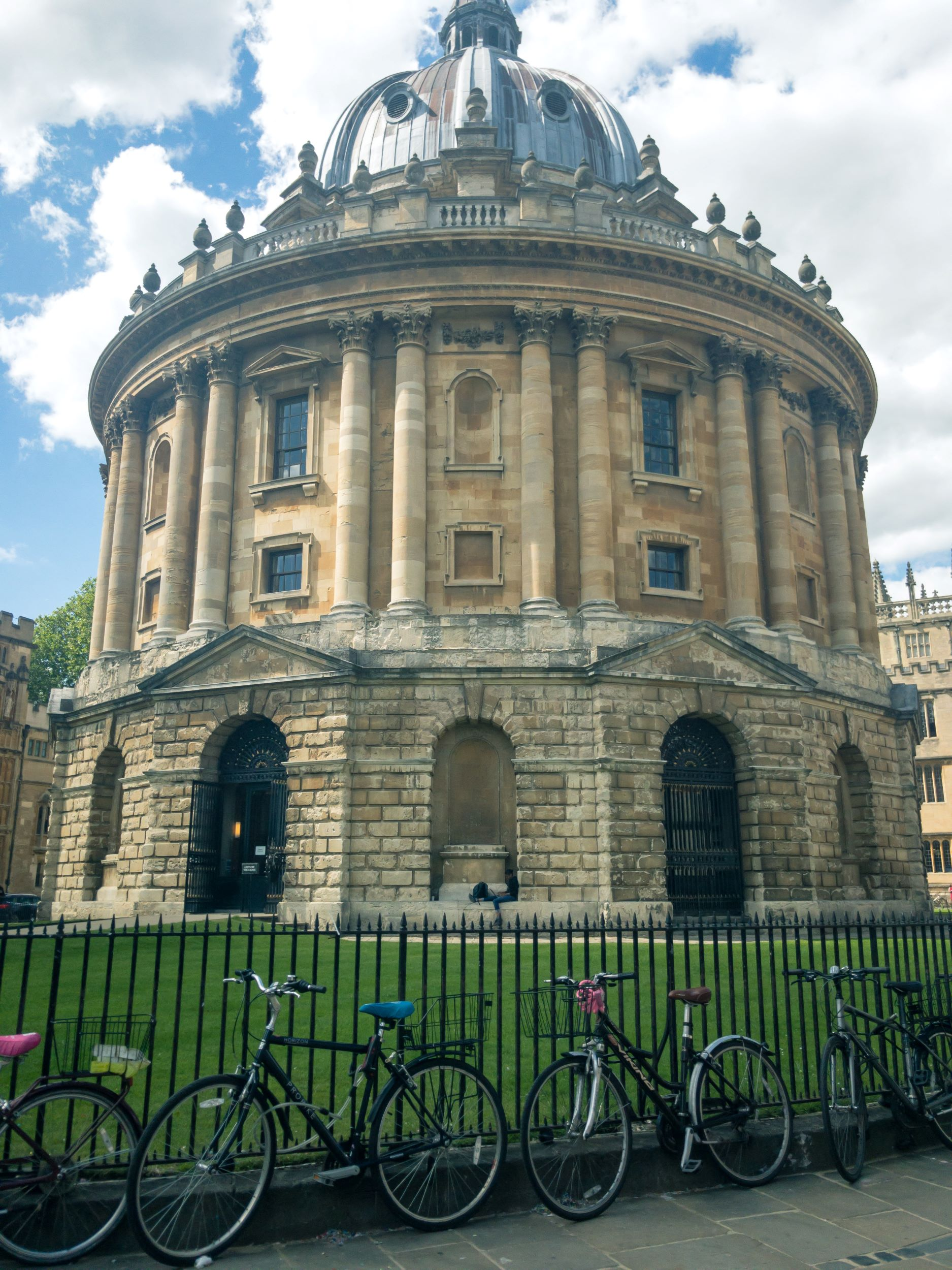 Oxford In A Day Travel Tips.jpg