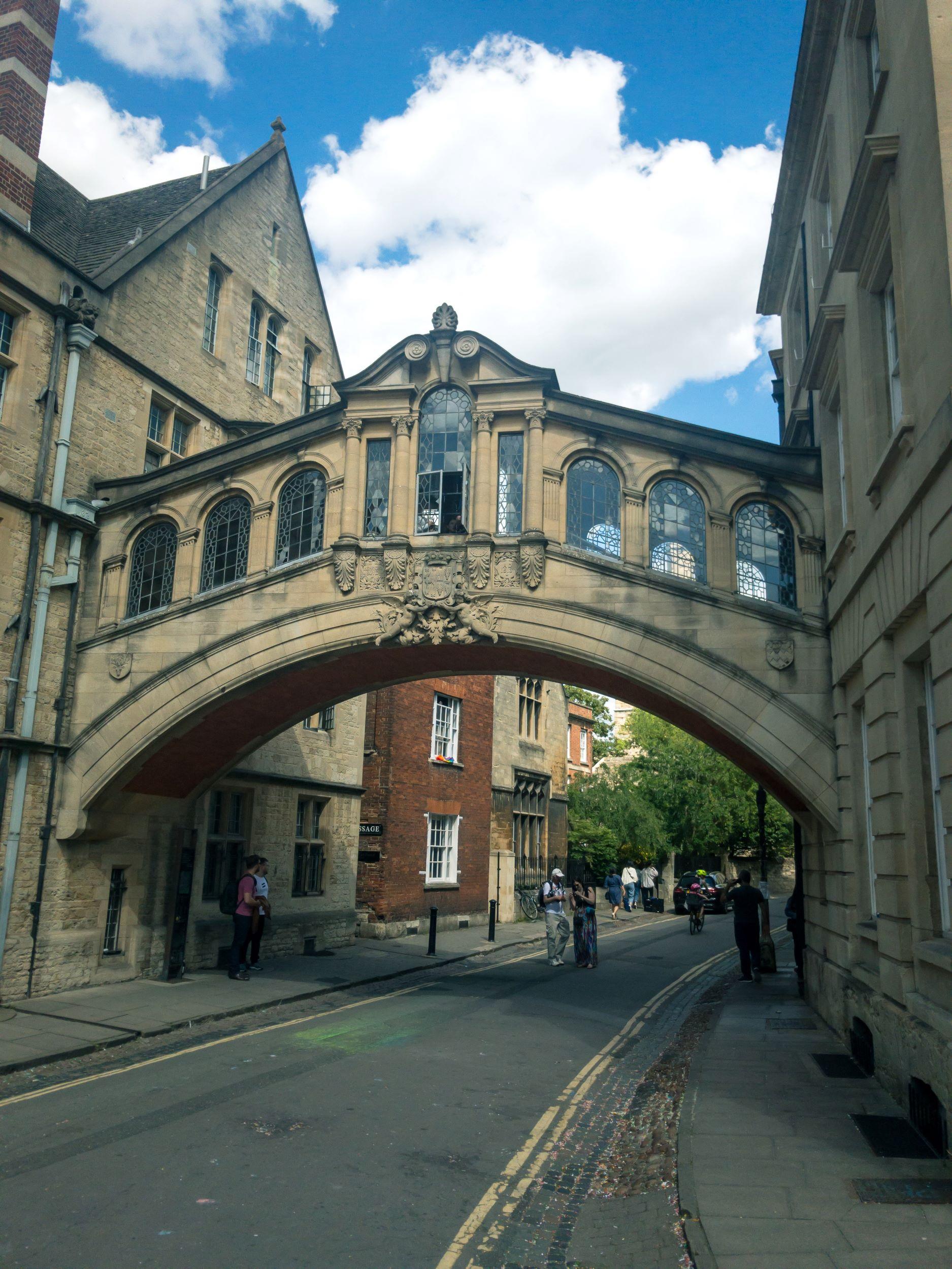 Oxford Bridge Of Sighs.jpg