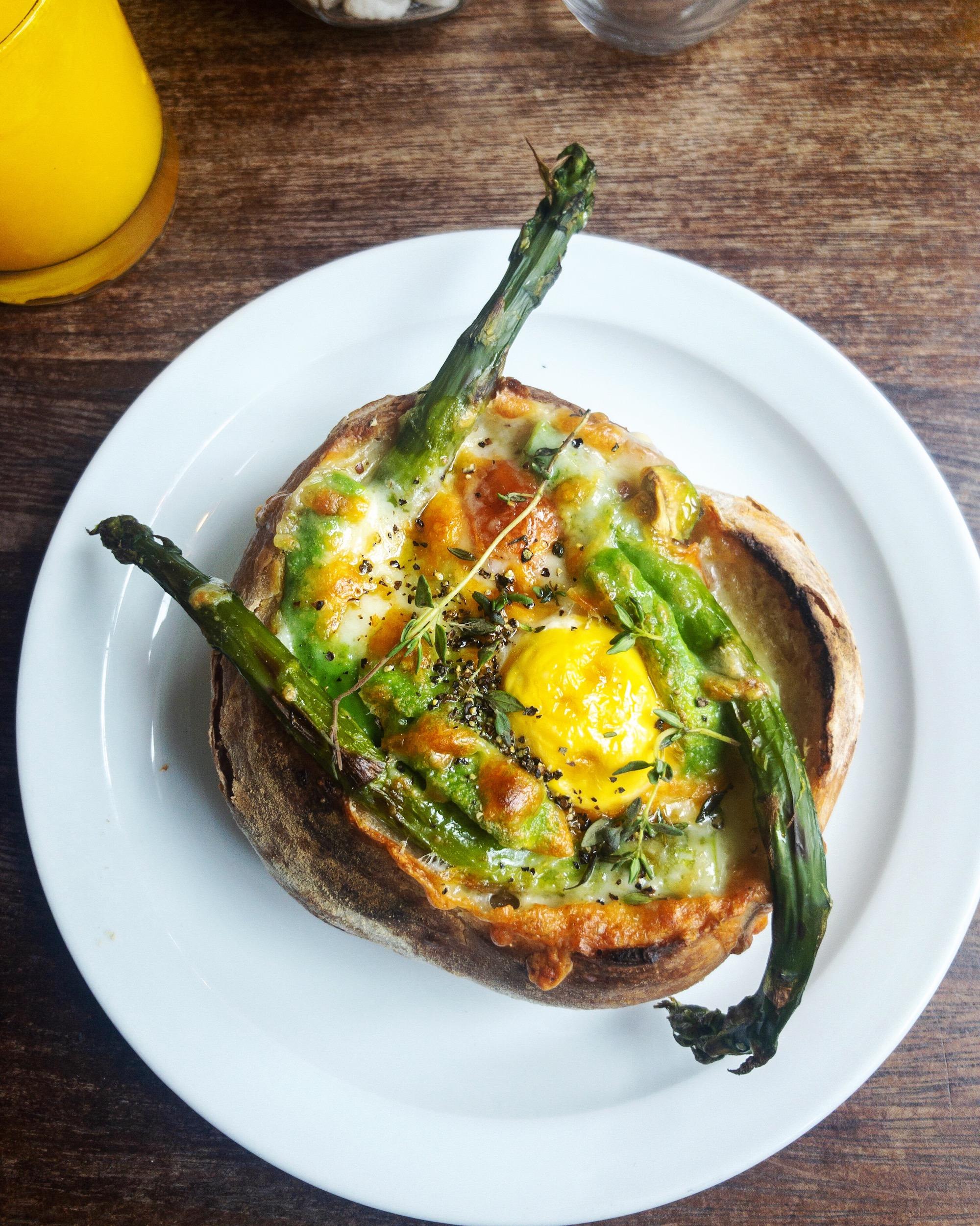 Breakfast in Bread Spots in London.JPG