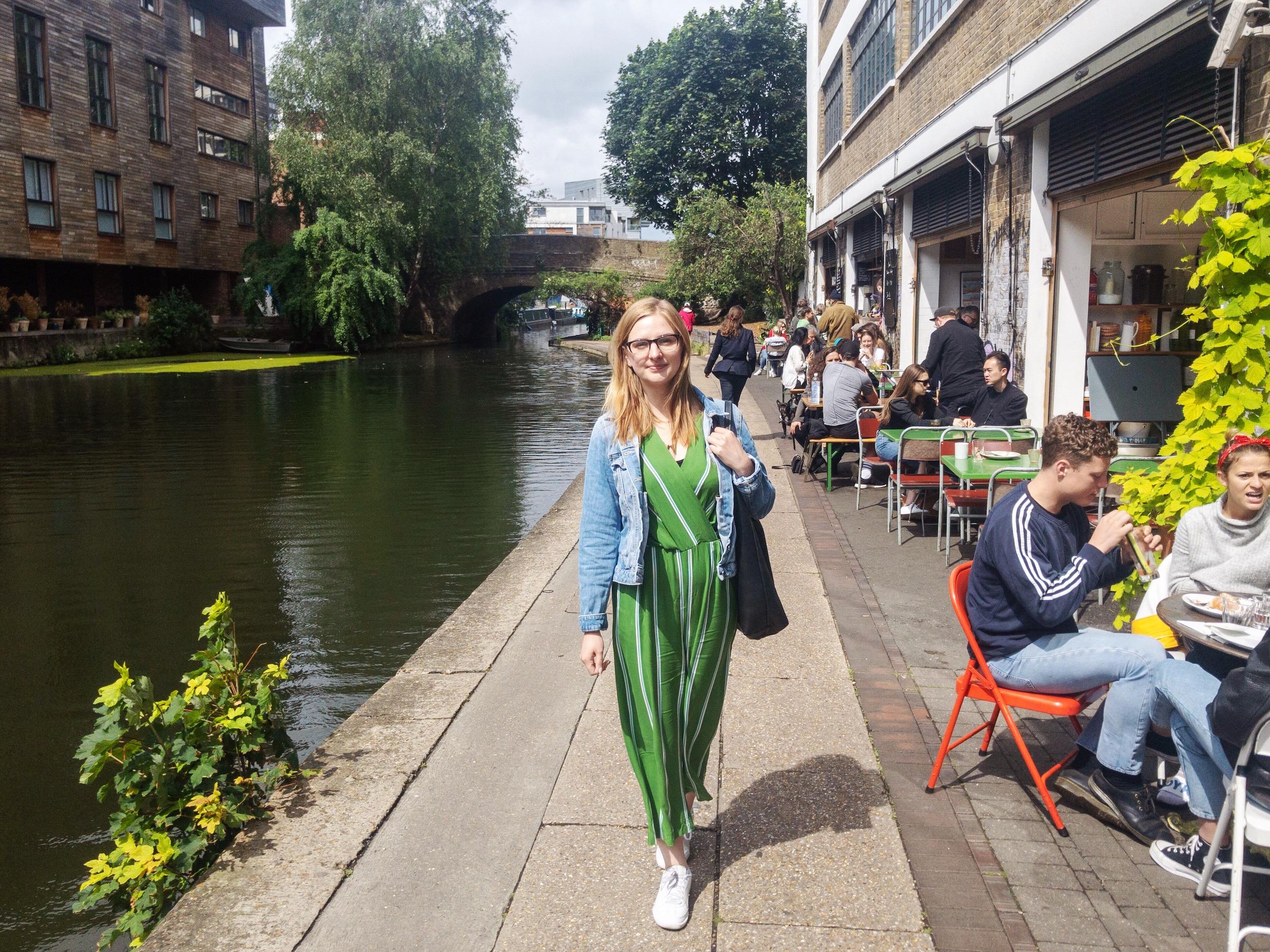 Visit London Canals Walk.JPG