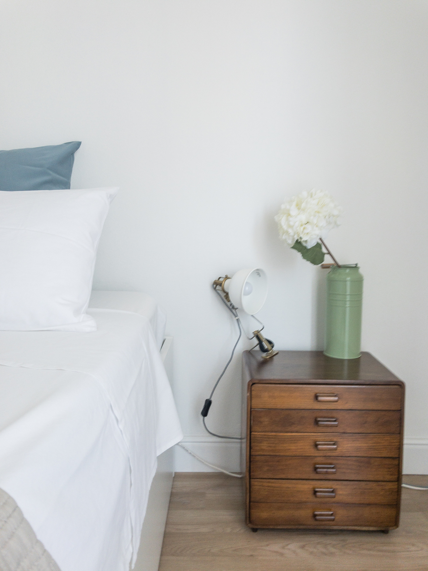 Airbnb review Catania bedroom.jpg