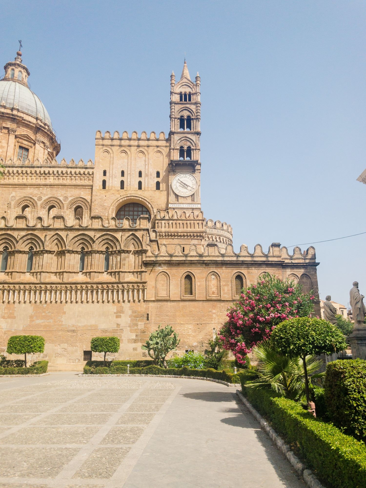 Palermo Cathedral Exterior.JPG