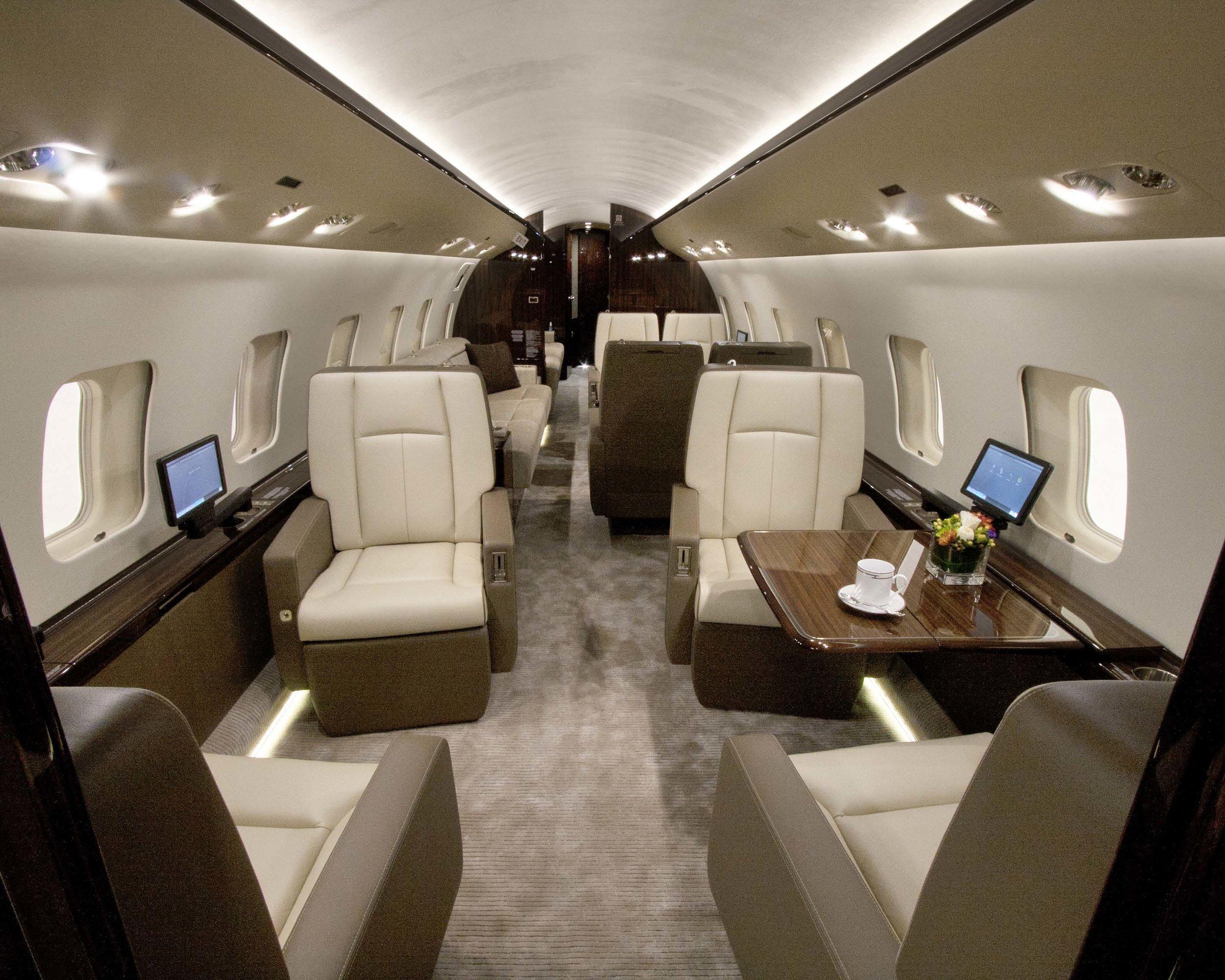 Global 6000 interior.jpg