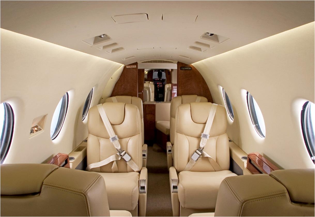 400xp interior.jpg