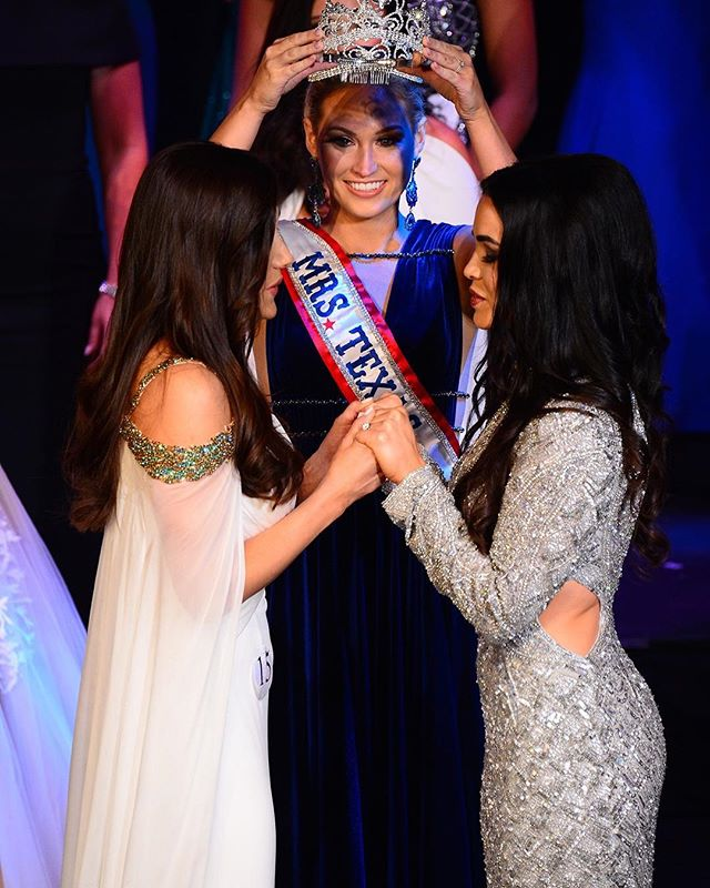 Congratulations to our owner, @kaylynsisk, on becoming Mrs. Texas! We are so proud of you and can't wait to see how you use this platform to continue to impact the people you come in contact with! We all love you!💕
