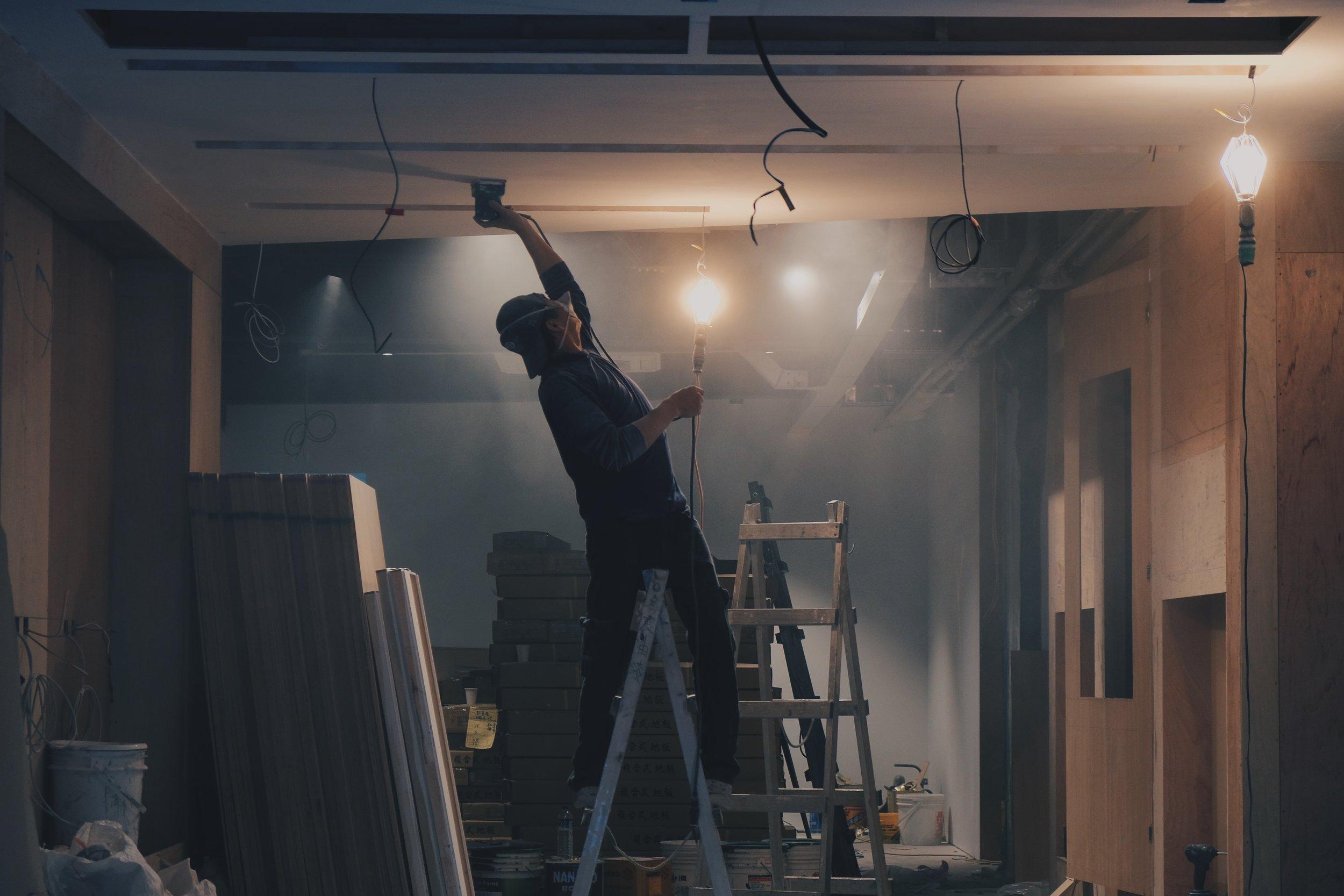 Construction & Contractors -