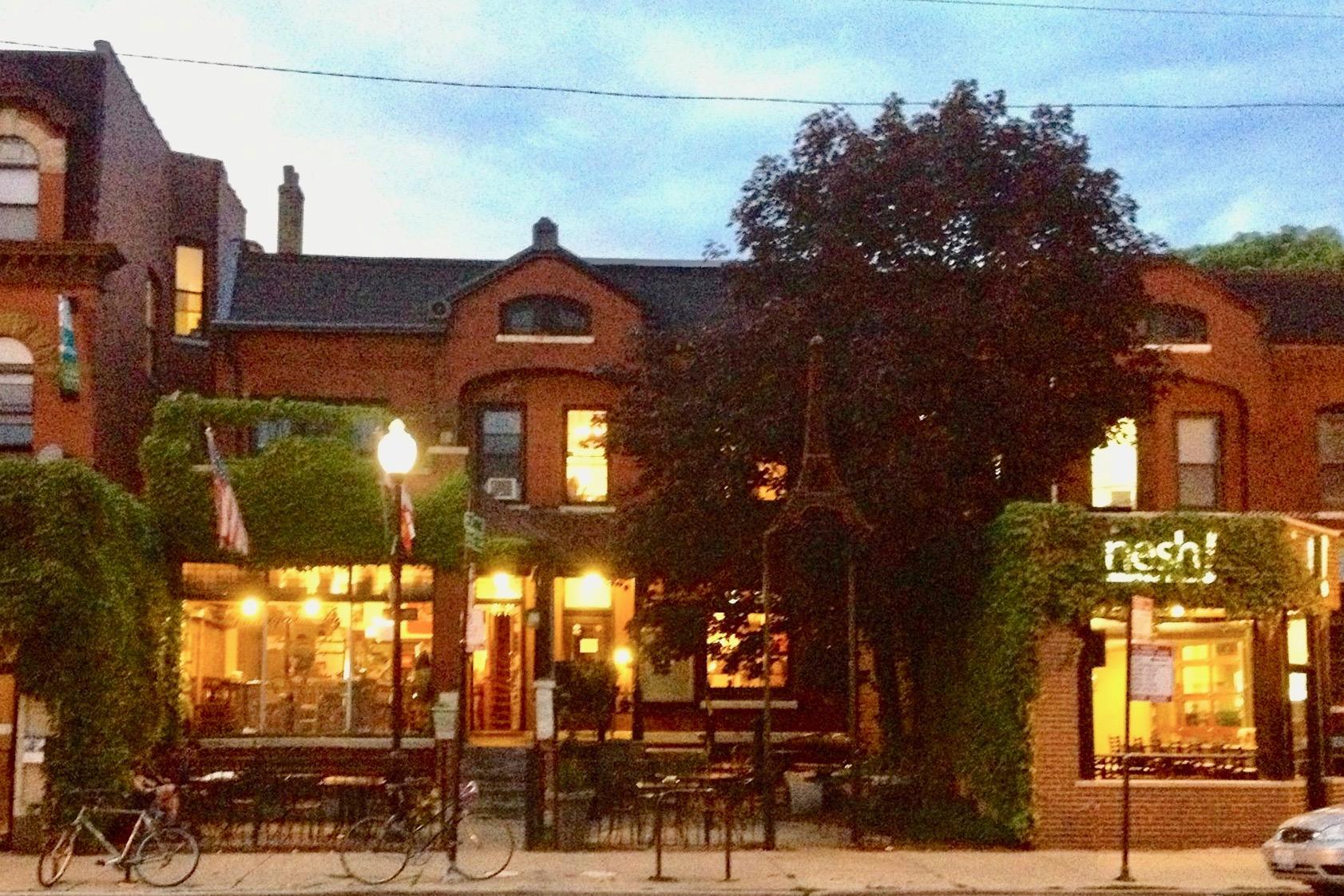 Bourgeois Pig Café, a neighborhood classic