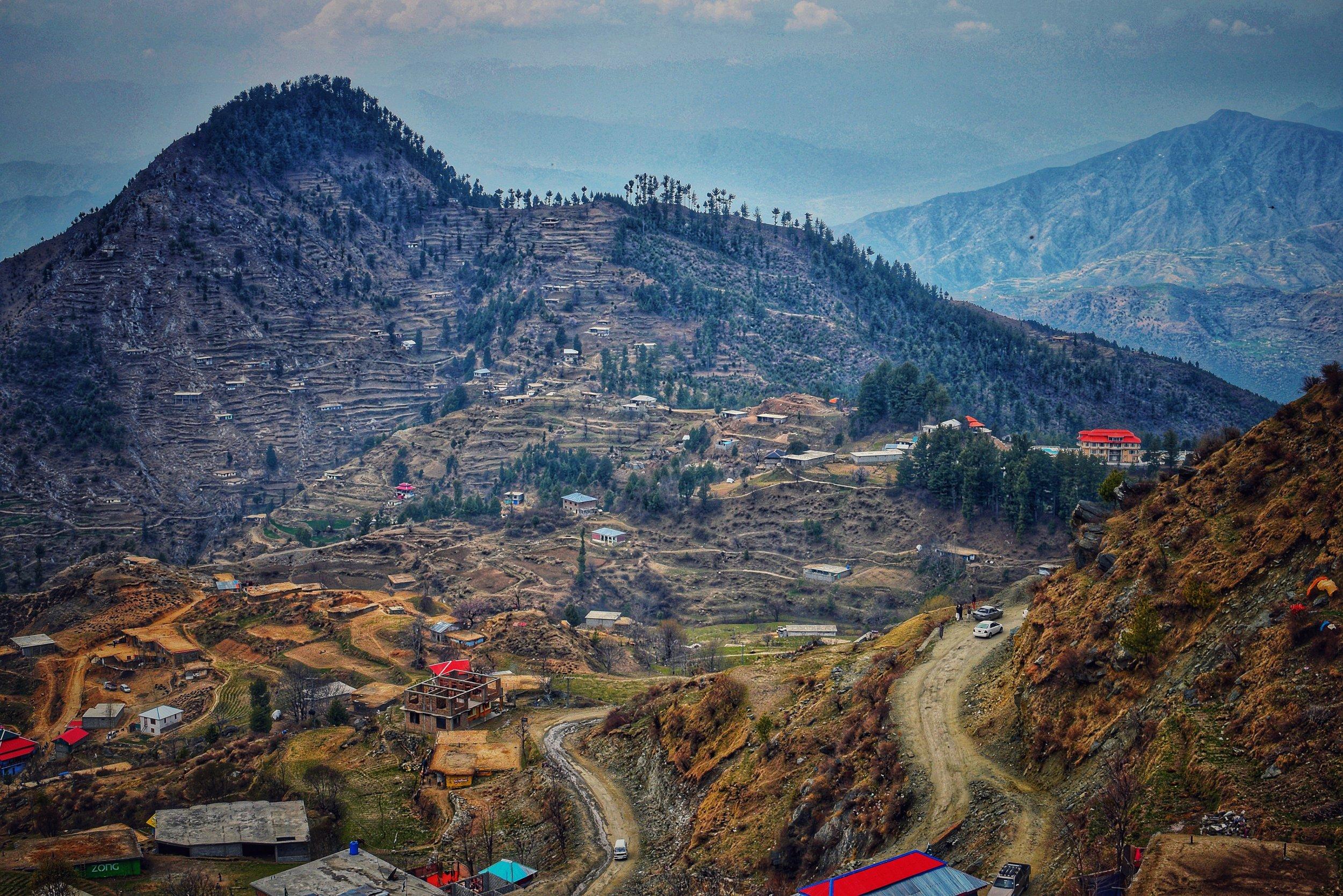 Photo 117 - Village in Pakistan.jpg
