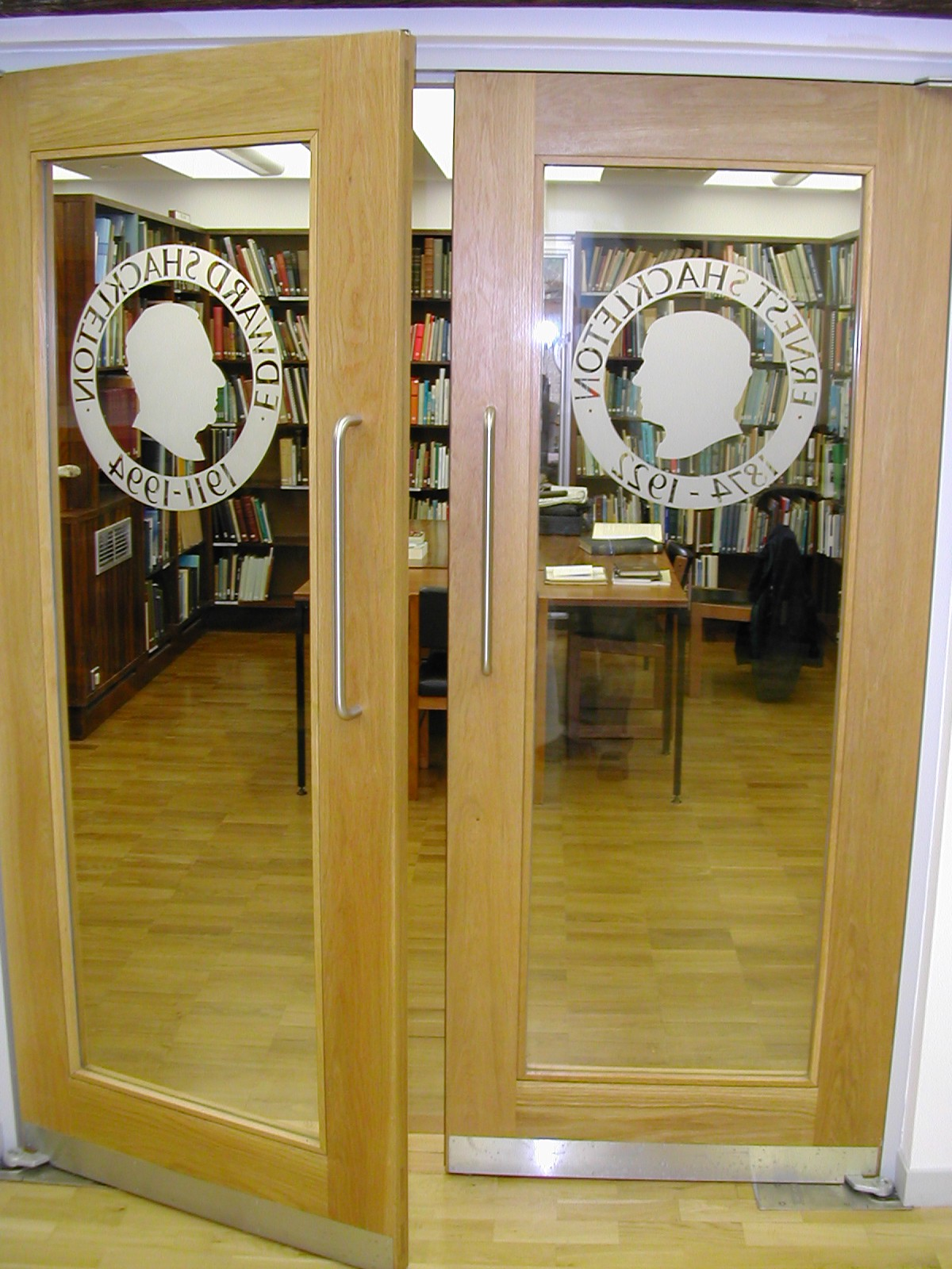 Shackleton Memorial Library