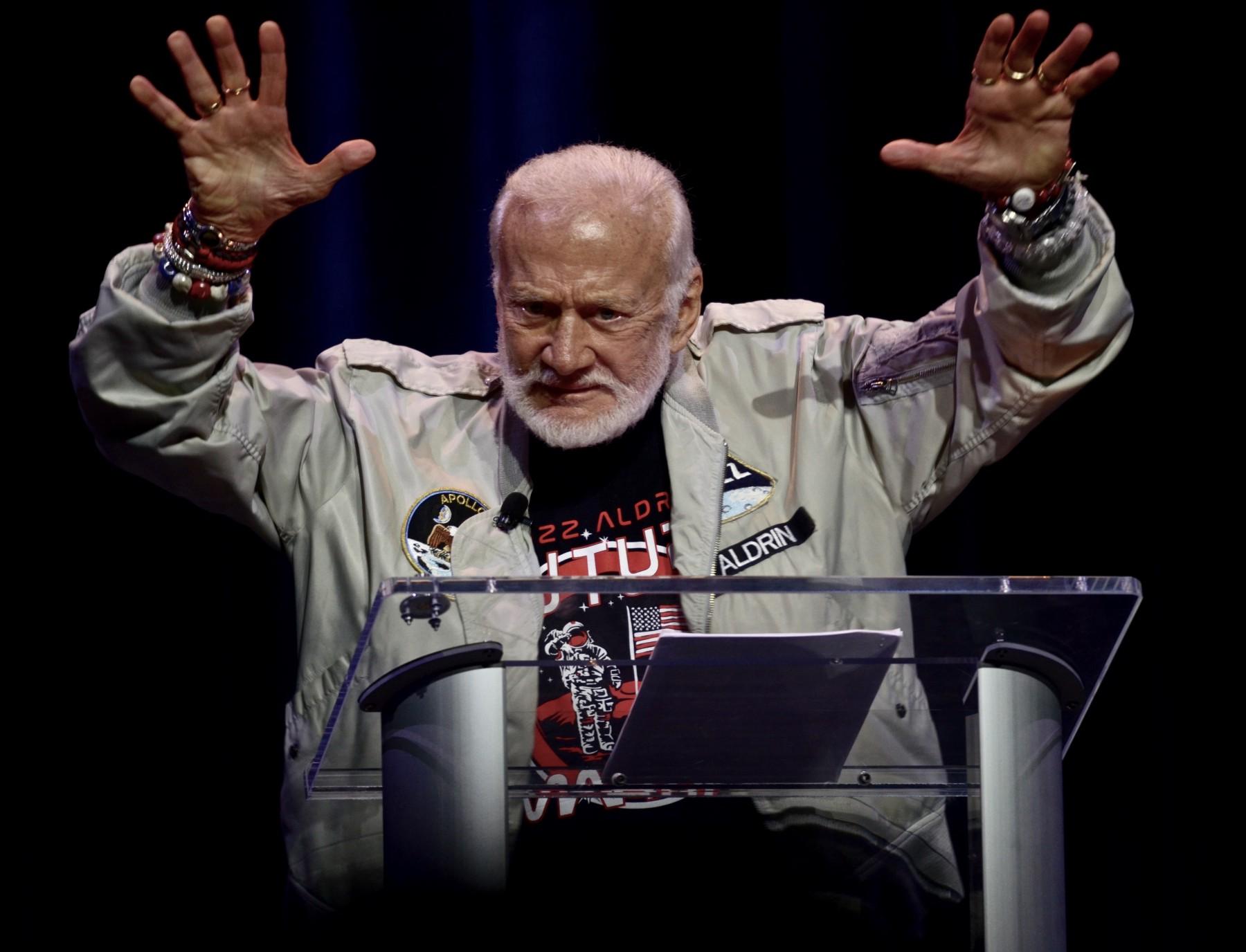 Buzz Aldrin.jpeg