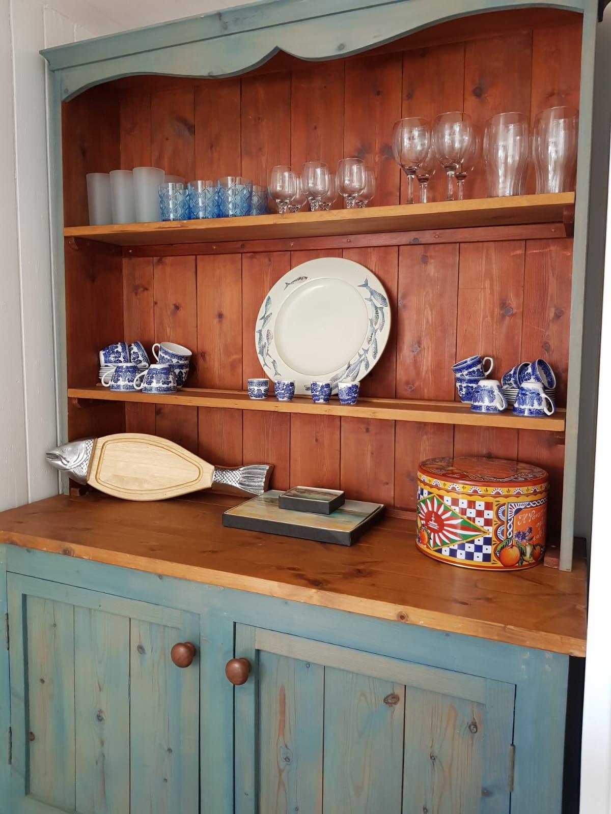 Tredore kitchen dresser.jpeg